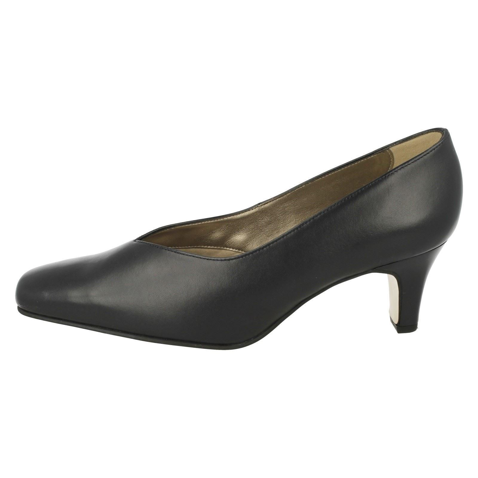 Ladies Equity Heeled Shoes Ivory 2