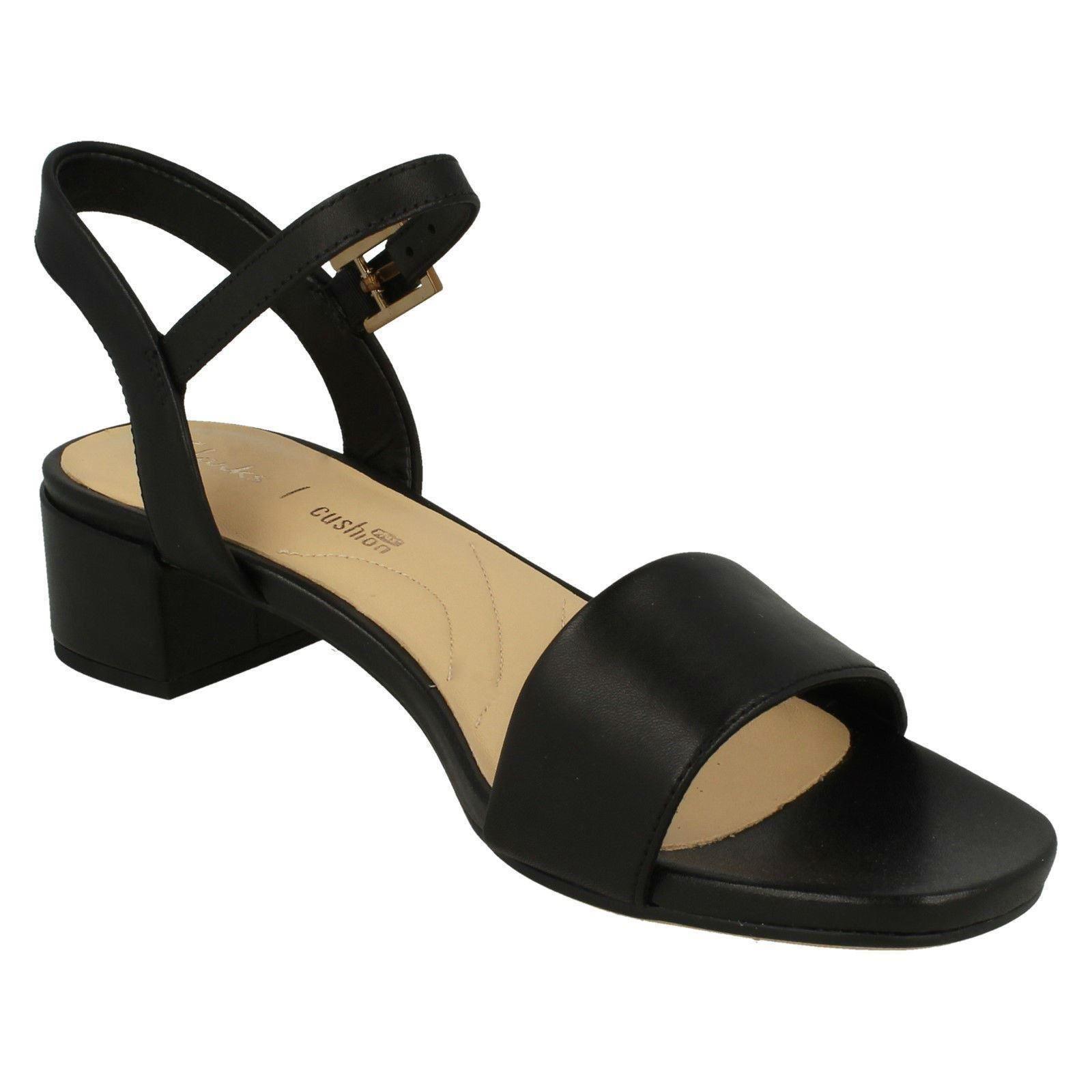 Toe sandali Iris Orabella tacco Peep Clarks Elegante nero con Ladies wAx8qpYnq