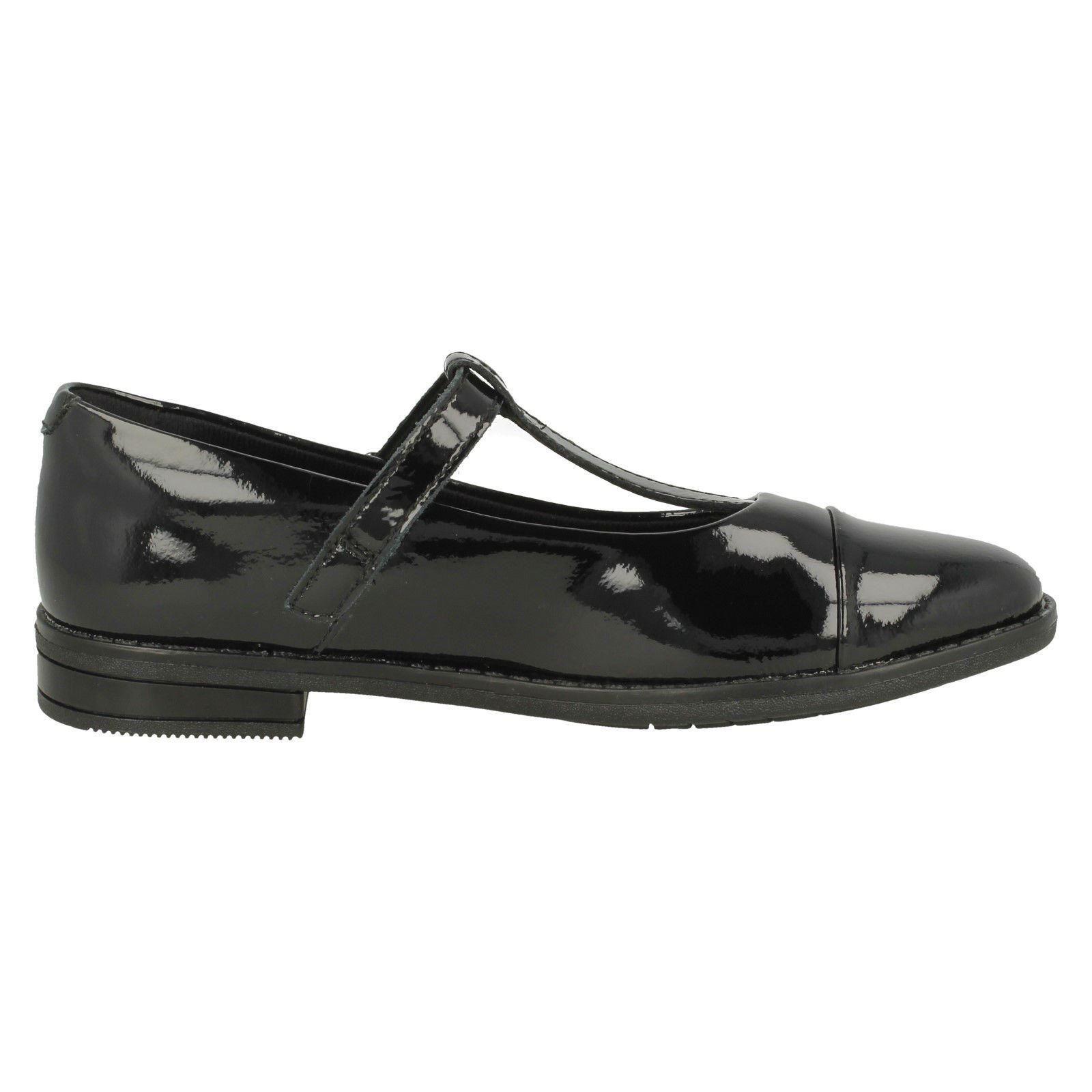 Girls Clarks T Bar School Shoes /'Drew Shine/'