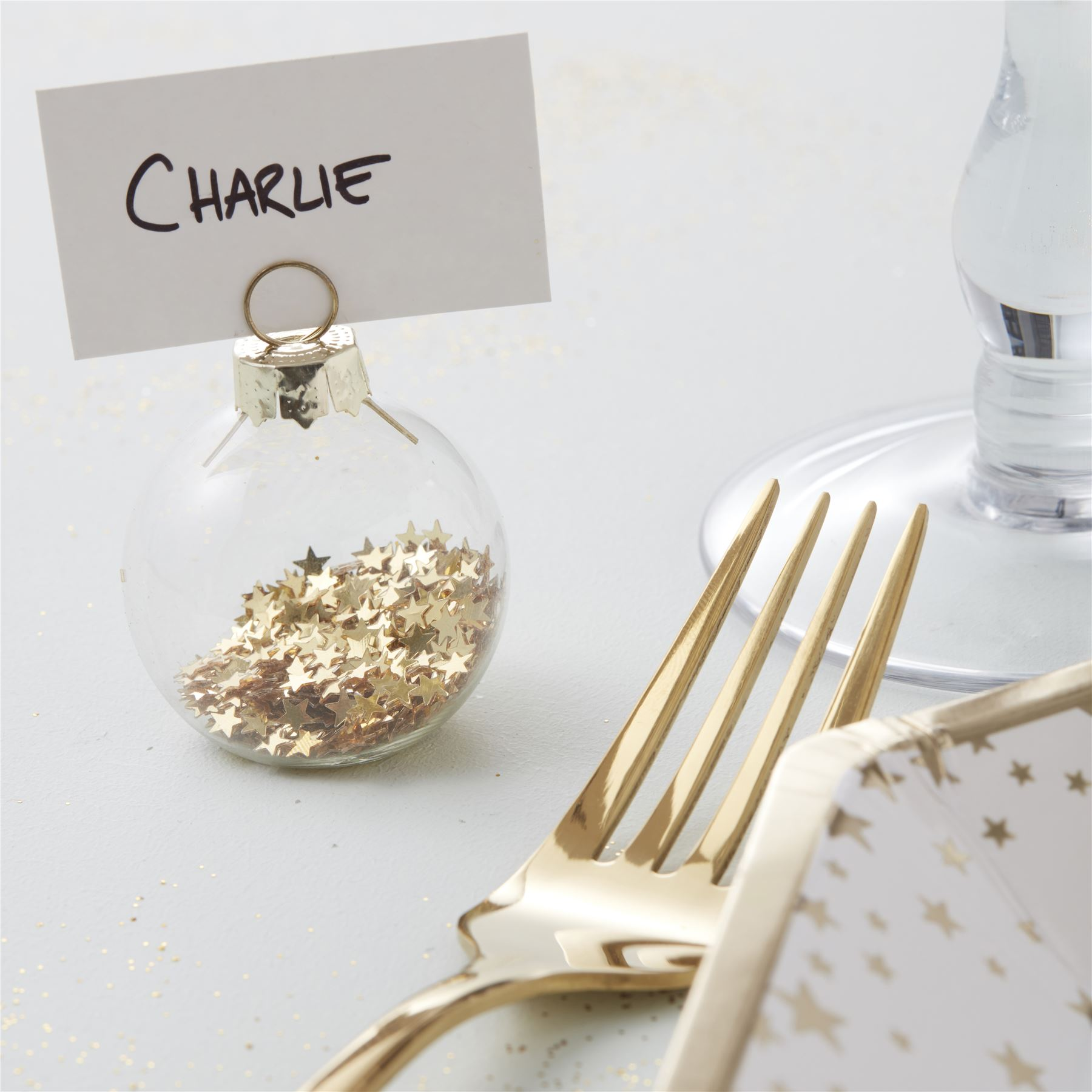 Ginger Ray 6 Chic Gold Star Glass Bauble Christmas Place Card ...