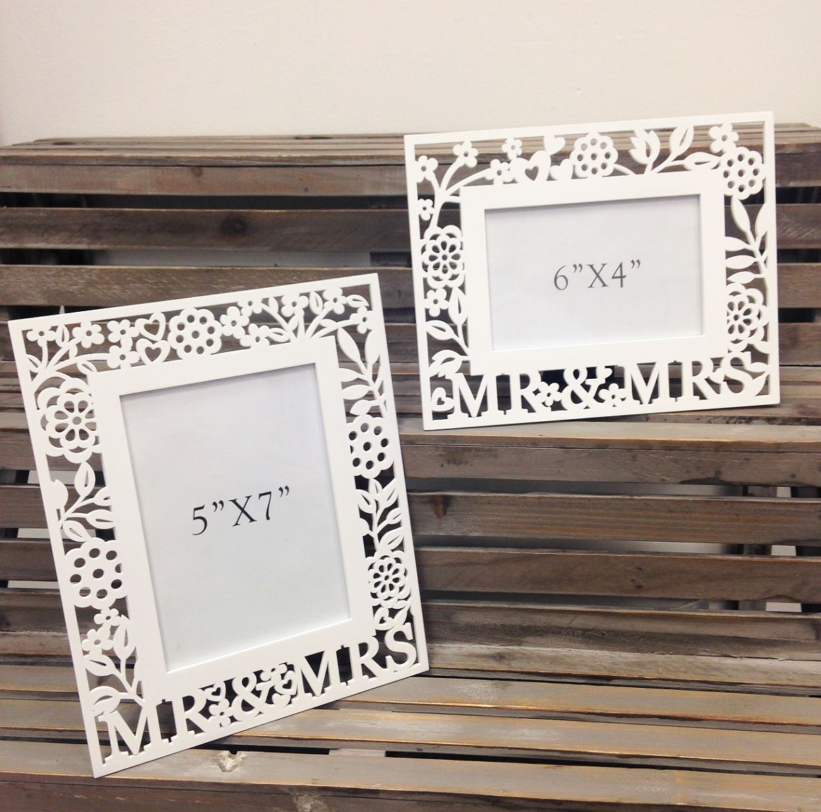 GISELA GRAHAM WHITE WOODEN MR & MRS FRETWORK PHOTO PICTURE FRAME ...