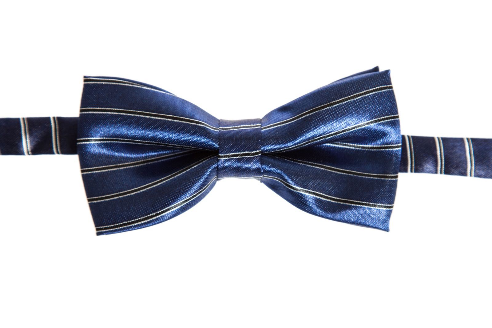 Patterned Bow Ties. Looking for a more sophisticated look? Then these patterned bow ties will just be perfect for you. In this selection you will find bow ties with all kinds of intricate fabric patterns such as polka dots, paisleys, strips, checks, foulards, and more.