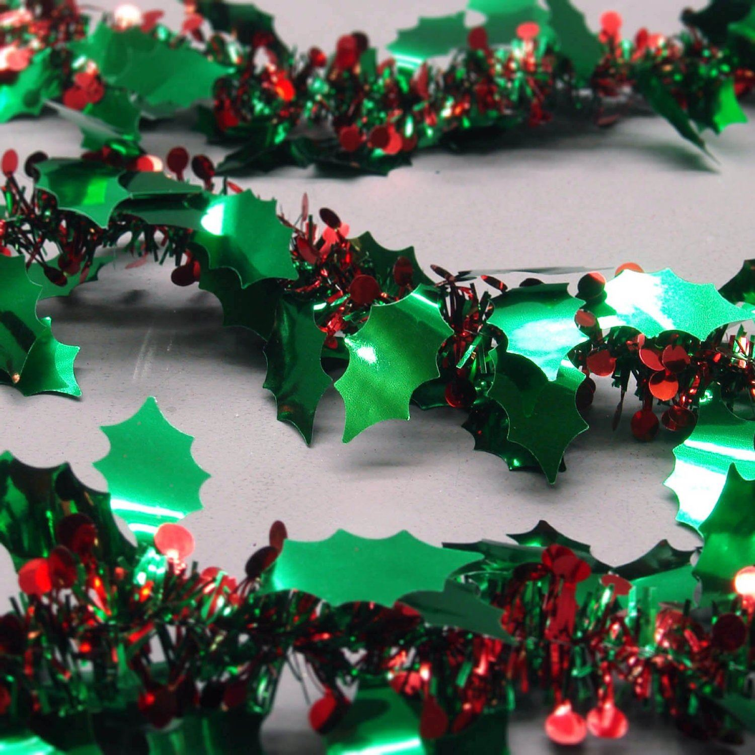 Green Tinsel Garland RED Berries Christmas Tree Home