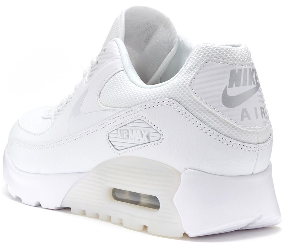 Description Nike Air Max 90 shoes: iconic and timeless design with  excellent cushioning and latest season colours and looks. Delivery