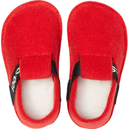 Crocs-Classic-Kids-Relaxed-Fit-Cozy-Slippers-Slip-On-Warm-Winter-Sandals thumbnail 17
