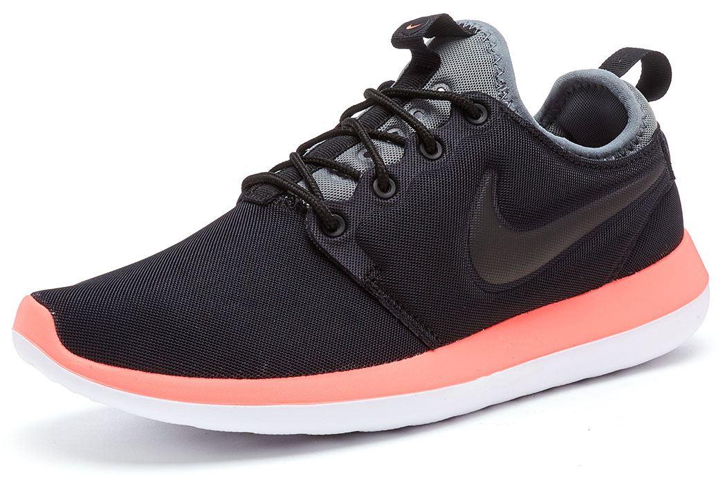100% authentic ff90c 6f33f Description Chaussures Nike Roshe deux   prenez polyvalent et moderne sur  la chaussure de course comportant des matériaux hautement respirants, ...