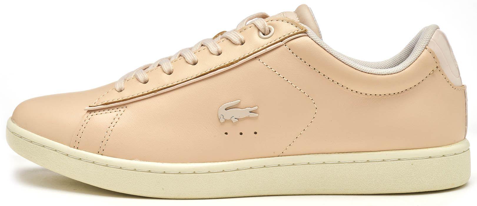 3193d0ff59e Description Le Carnaby Evo est une chaussure de tennis d inspiration  classique avec triple-perforé détaillant