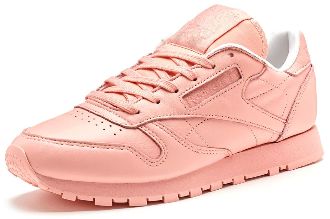 3d84f500dd7 Reebok Spirit Classic Leather Women Trainers in Patina Pink   White BD2771