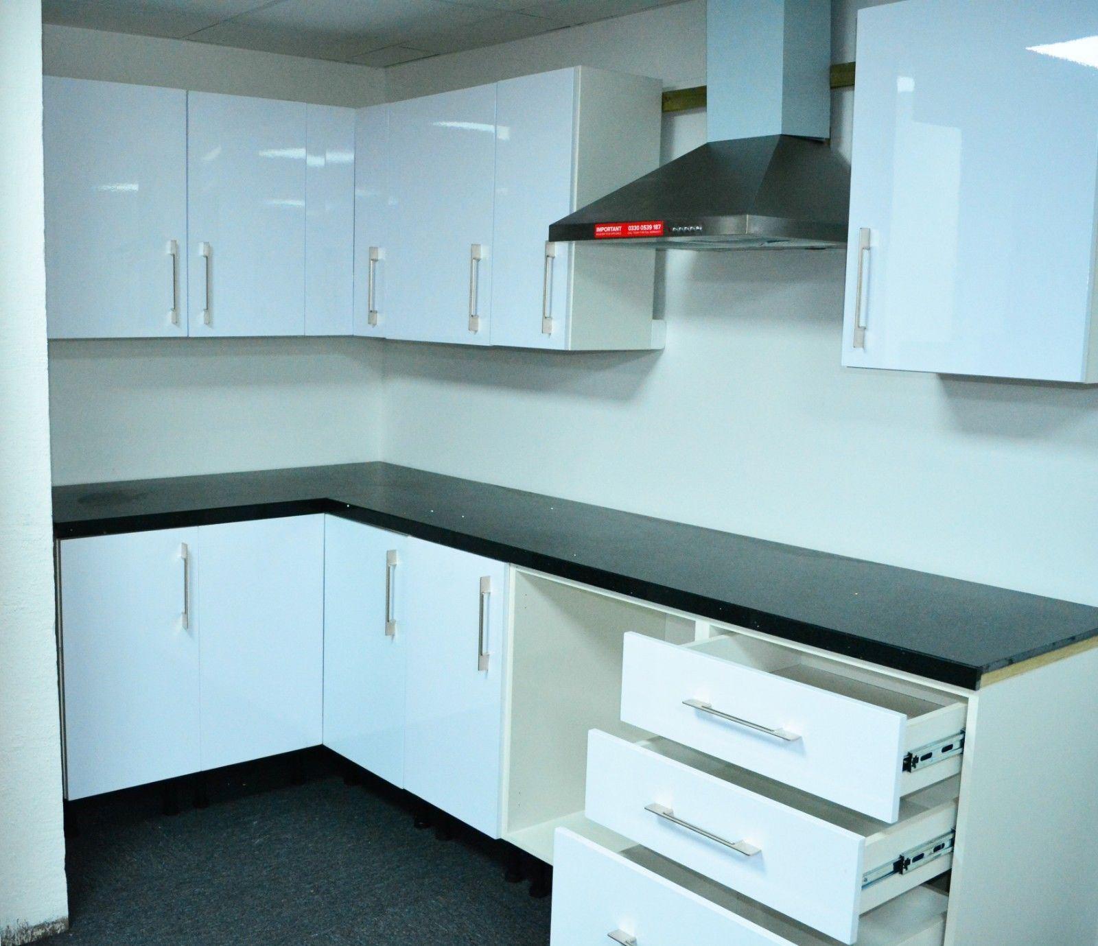 White Gloss Kitchen Cabinets Ebay: WHITE HIGH GLOSS KITCHEN WALL BASE UNITS CARCASS CABINET