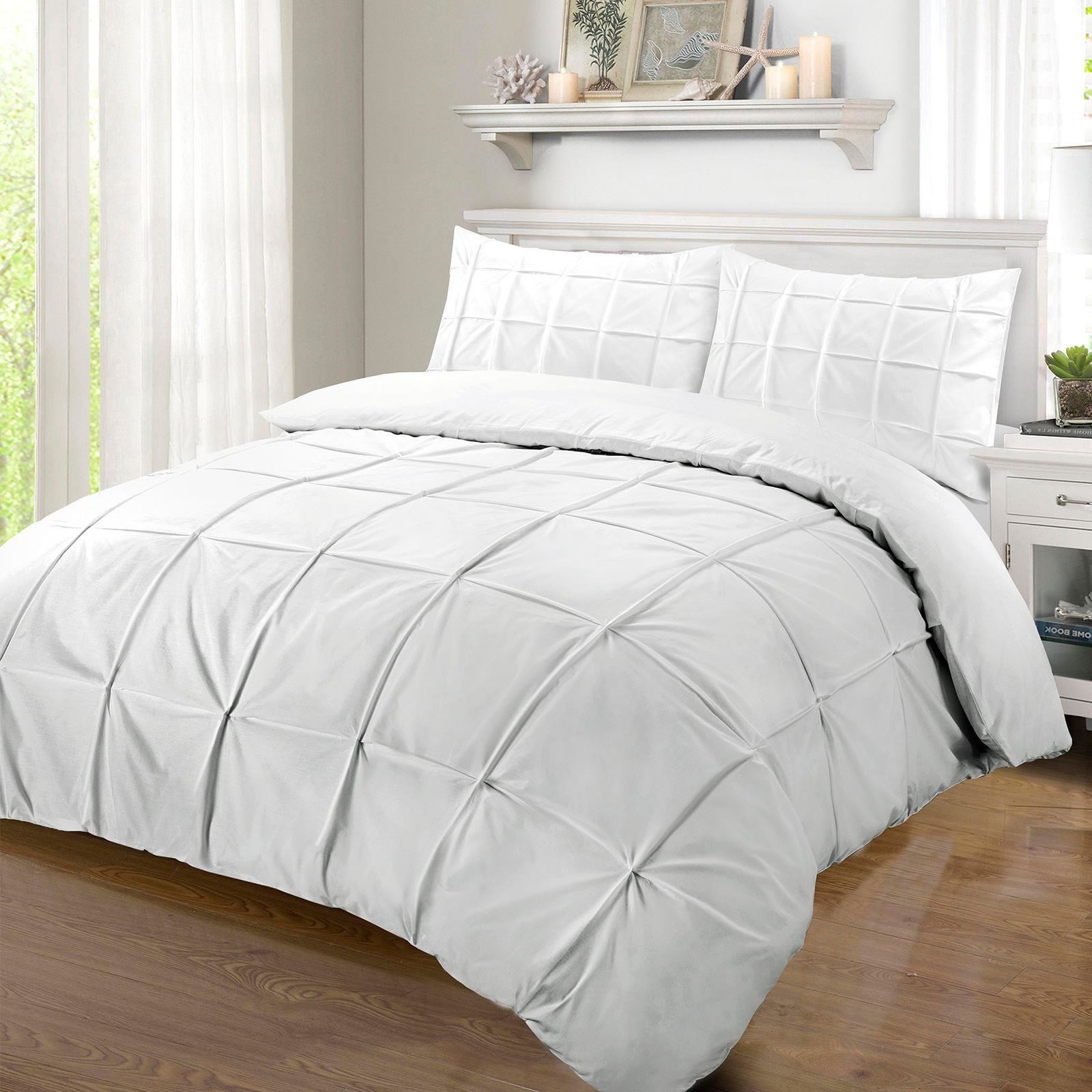 duvet embellished pinch halpert pleated pleat piece an dp amazon designer set cover home ruffled silver king floral chic comforter com kitchen