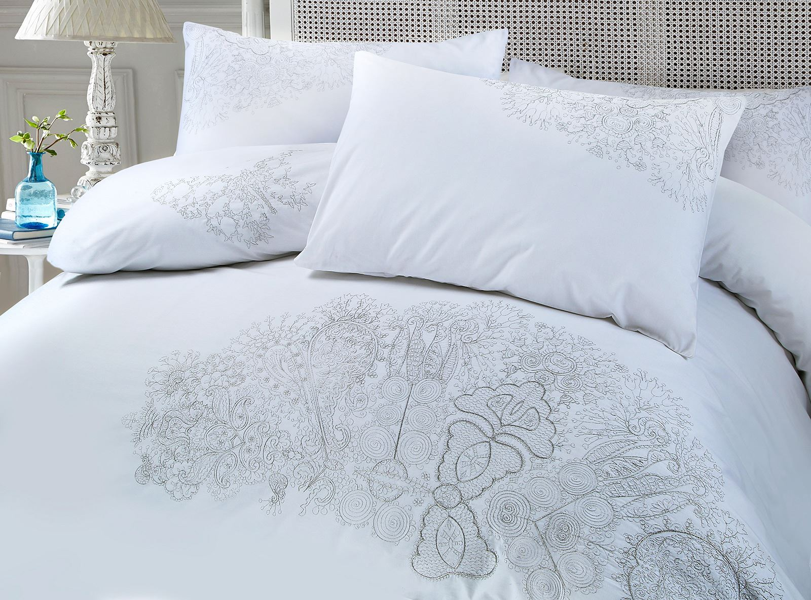 Chloe-Luxury-100-Cotton-Silver-Embroidery-Embroidered-Duvet-Cover-Bedding-Set thumbnail 8