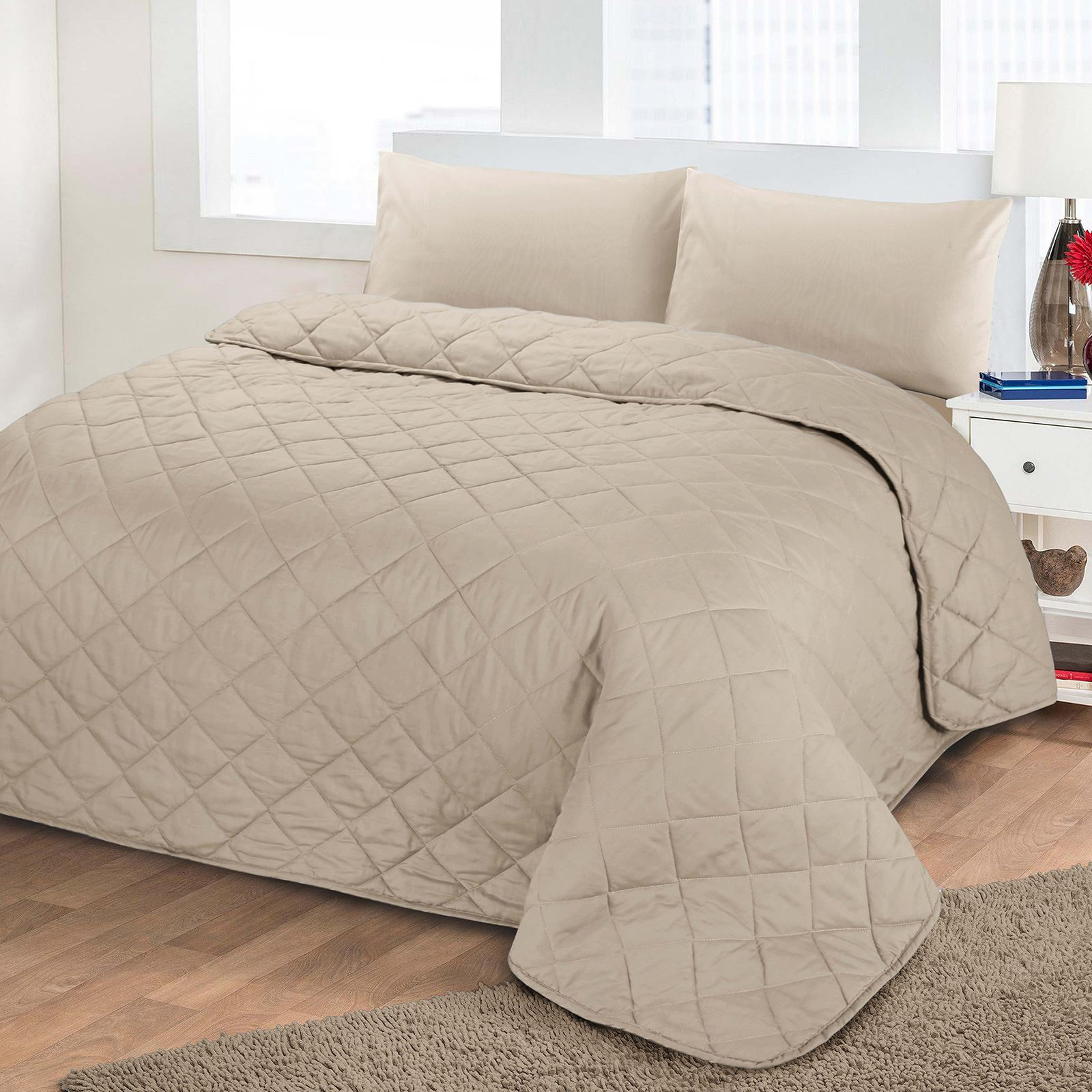 Luxury Soft Plain Dyed Polycotton Quilted Bedspread Bed