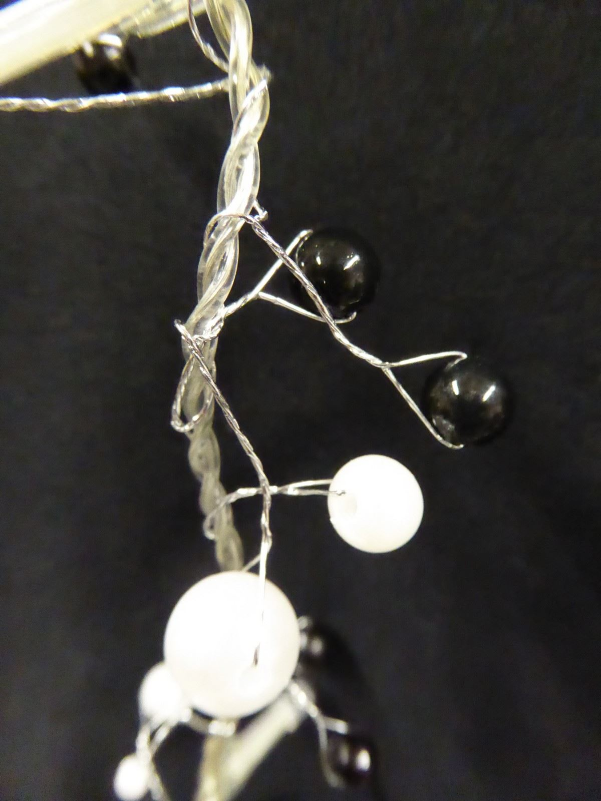 6ft-1-8m-Berry-Twig-Artificial-Christmas-Garland-With-Lights-Decoration thumbnail 22