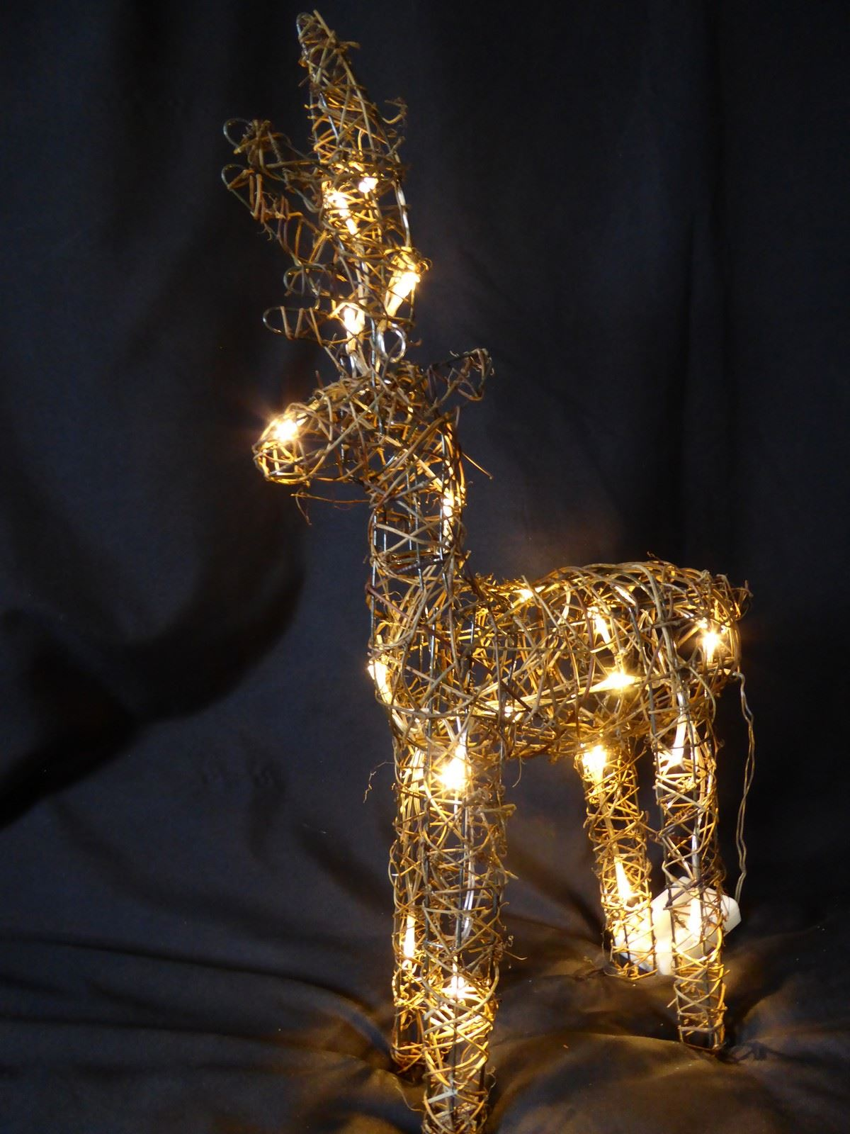 Large Pre Lit Christmas Reindeer Decoration Rustic Rattan ...