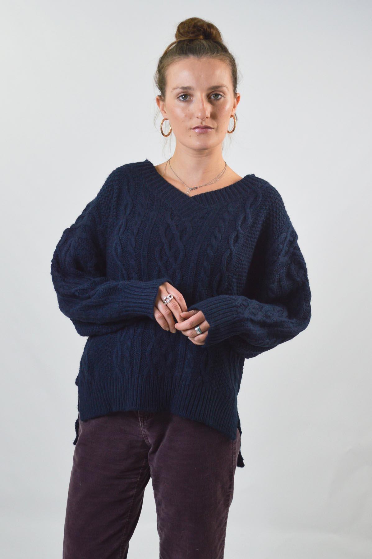 TOPSHOP-Womens-V-Neck-Chunky-Cable-Knit-Jumper-Side-Split-Hem-RRP-36 thumbnail 24