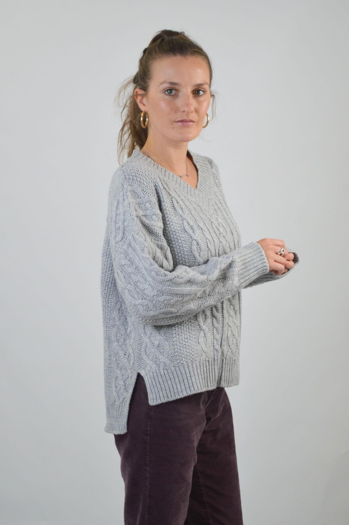 TOPSHOP-Womens-V-Neck-Chunky-Cable-Knit-Jumper-Side-Split-Hem-RRP-36 thumbnail 20