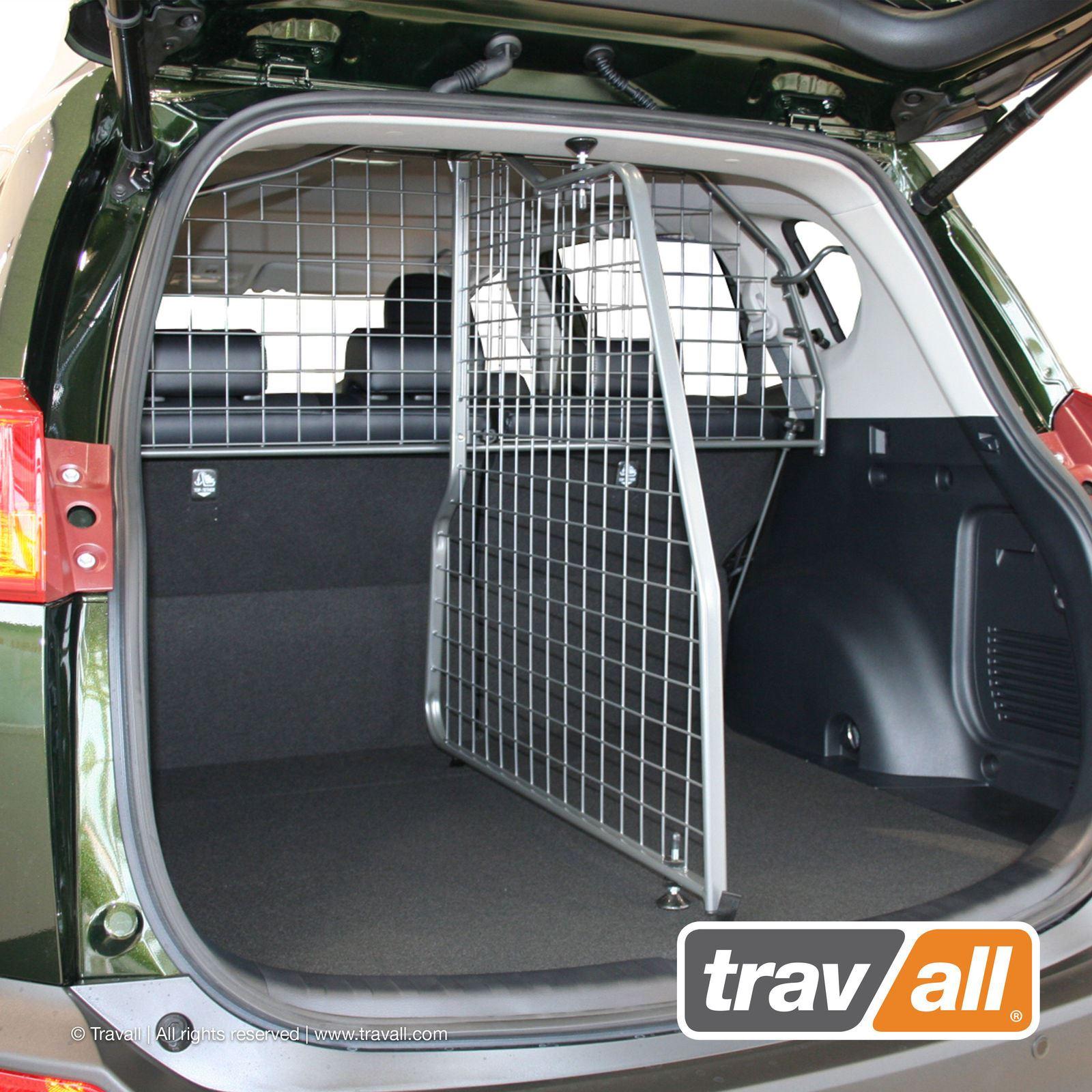 TRAVALL DOG GUARD BOOT MAT for TOYOTA RAV4 2013-18