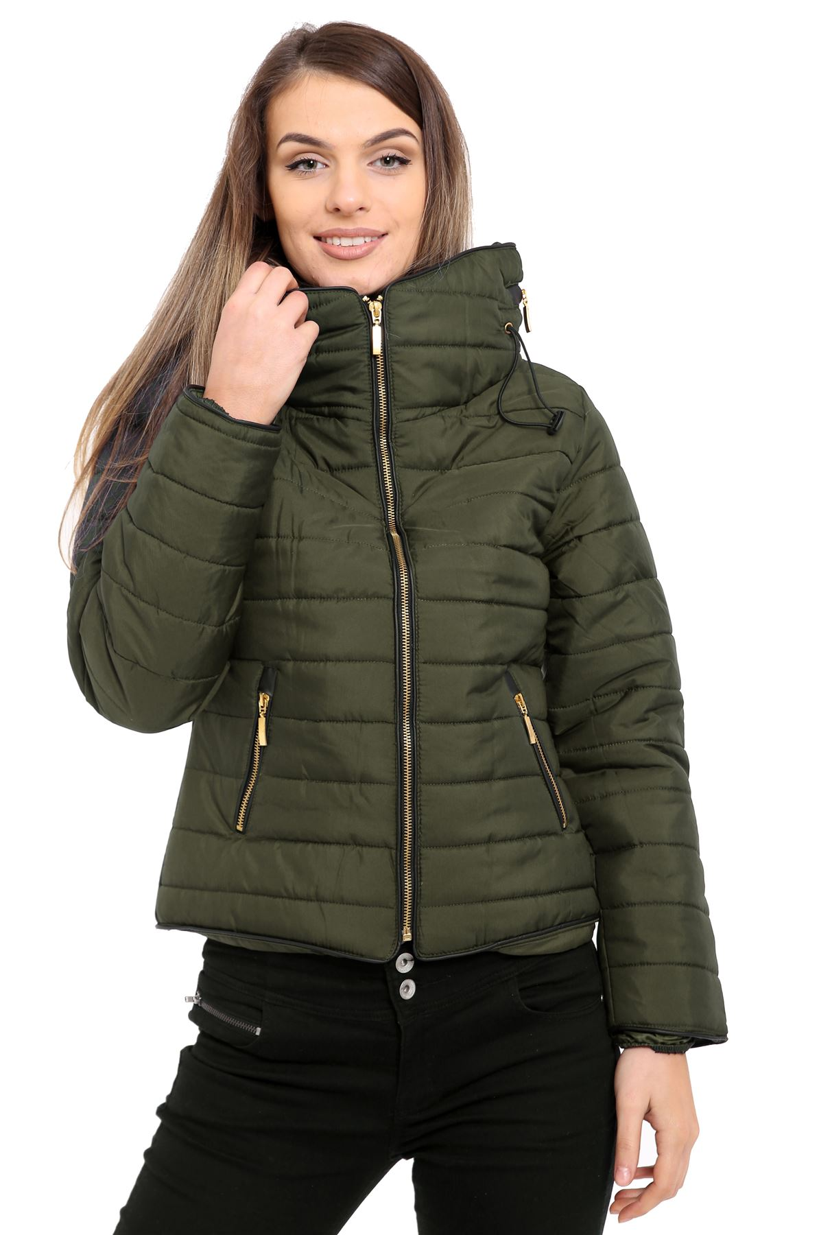 Product Features It has the look and feel of a puffer coat without being to puffed.