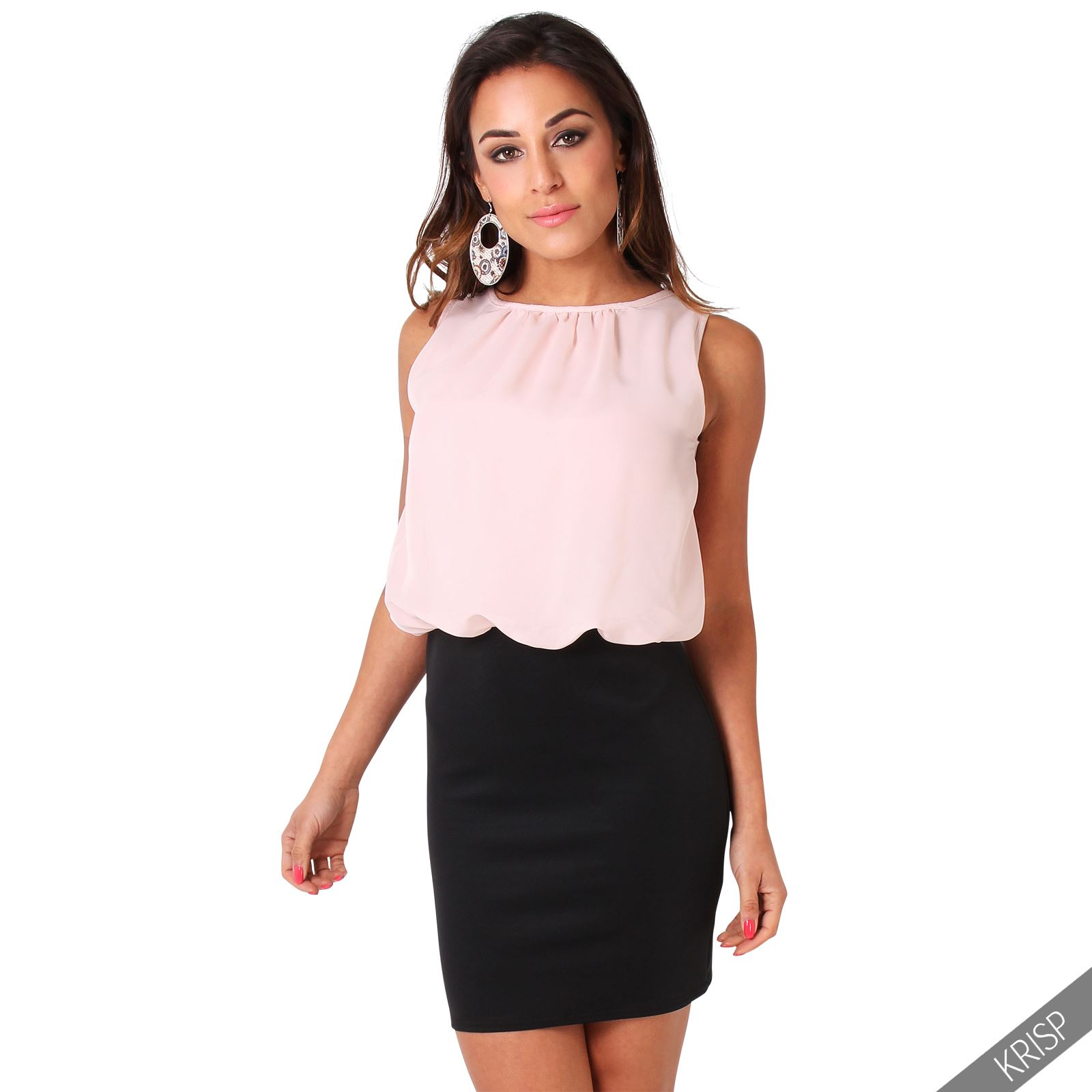 Wide range of fashionable cocktail party dresses are available for women. You can get club, cute sexy dresses for party and also fashion leggings for long evening in .