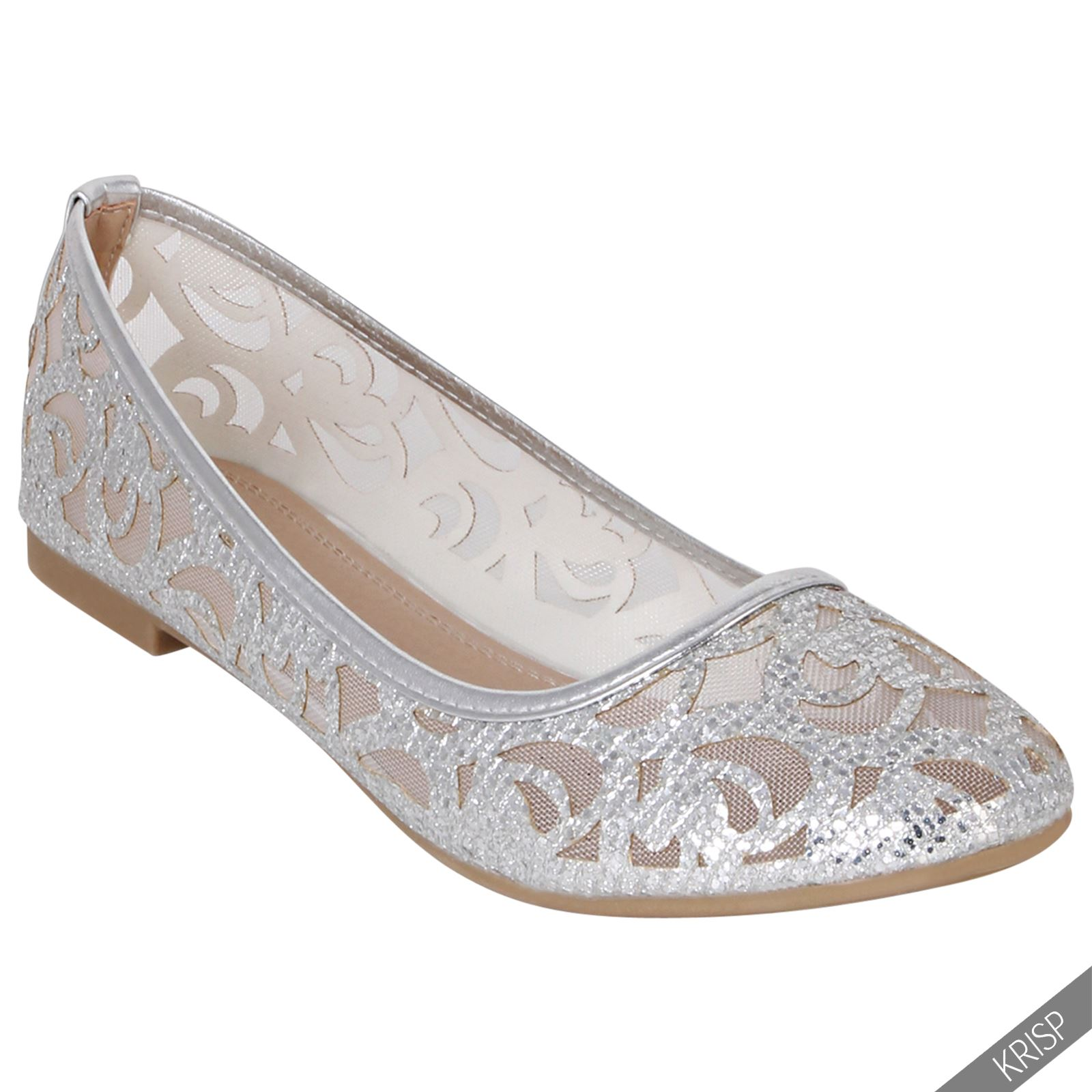 The A2 by Aerosoles Payout ballet flats are a casual shoe that puts adorable on the map. They feature double elasticized straps that unite form with function and have a .