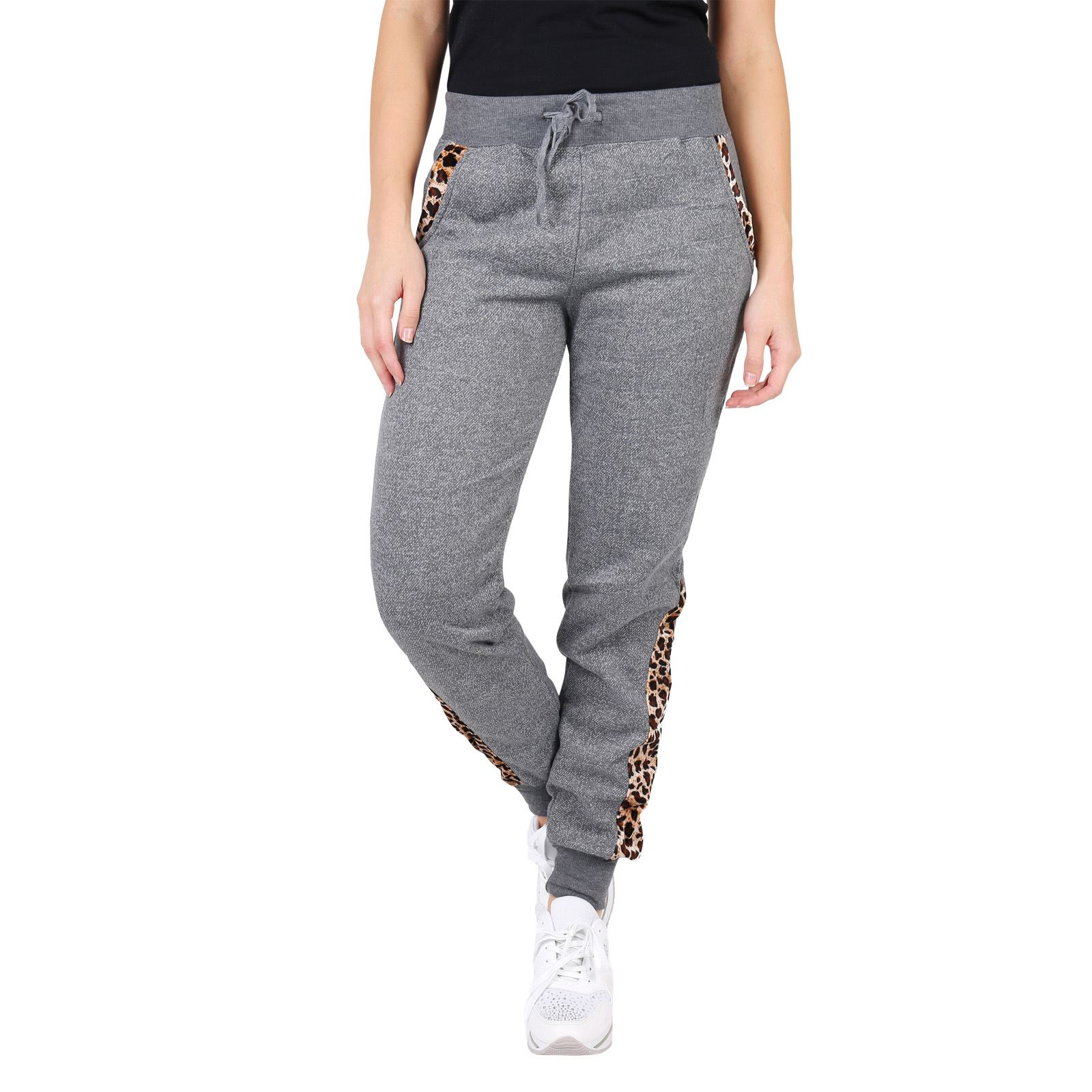 DICK'S carries a variety of women's sweatpants from industry-leading brands. Check off all the items on your to-do list in a pair of women's Nike® pants or opt for the latest from brands like Under Armour®, The North Face® and lucy®.