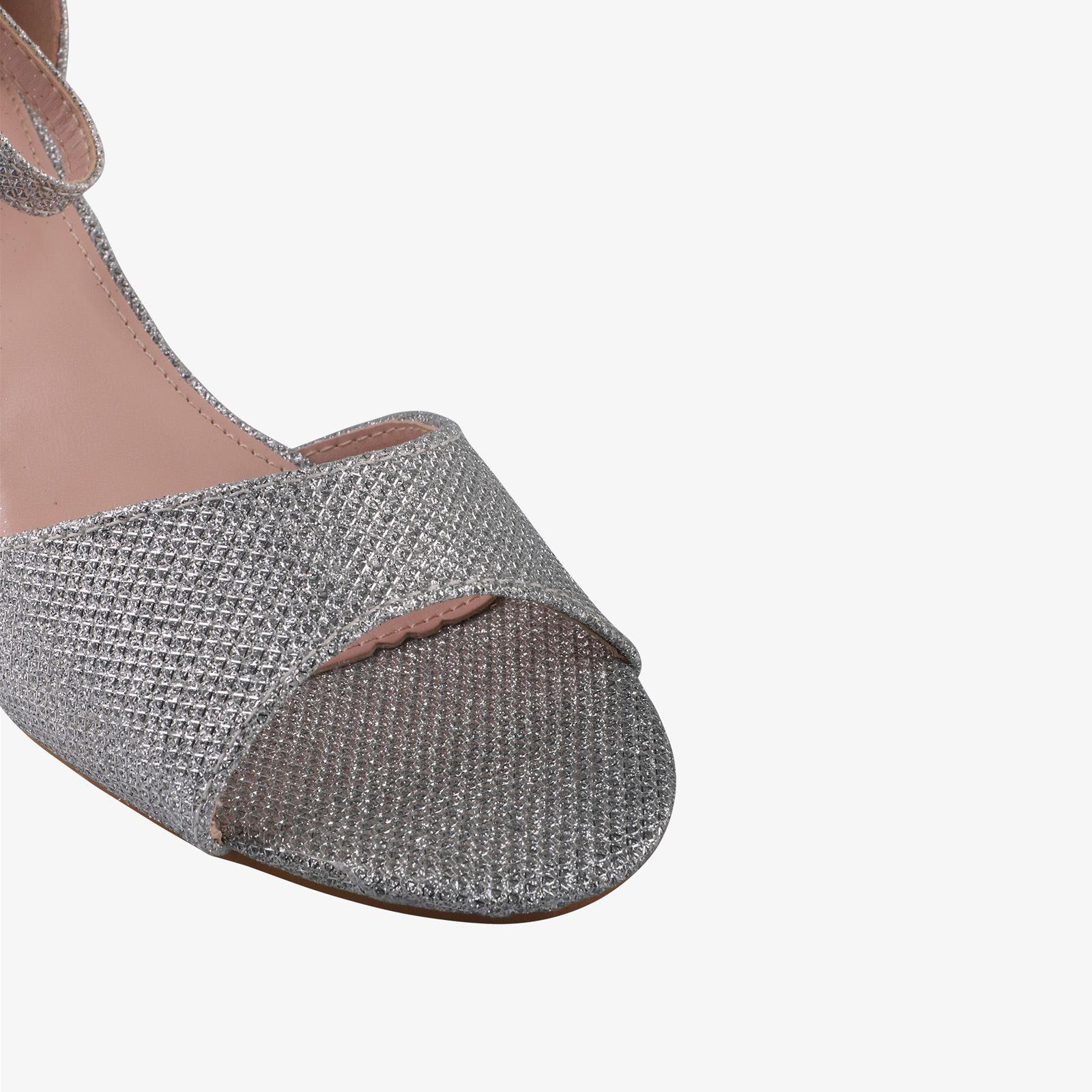 Women-Ladies-Low-Kitten-Heel-Court-Shoes-Open-Toe-Glitter-Sandals-Party-Bridal thumbnail 15