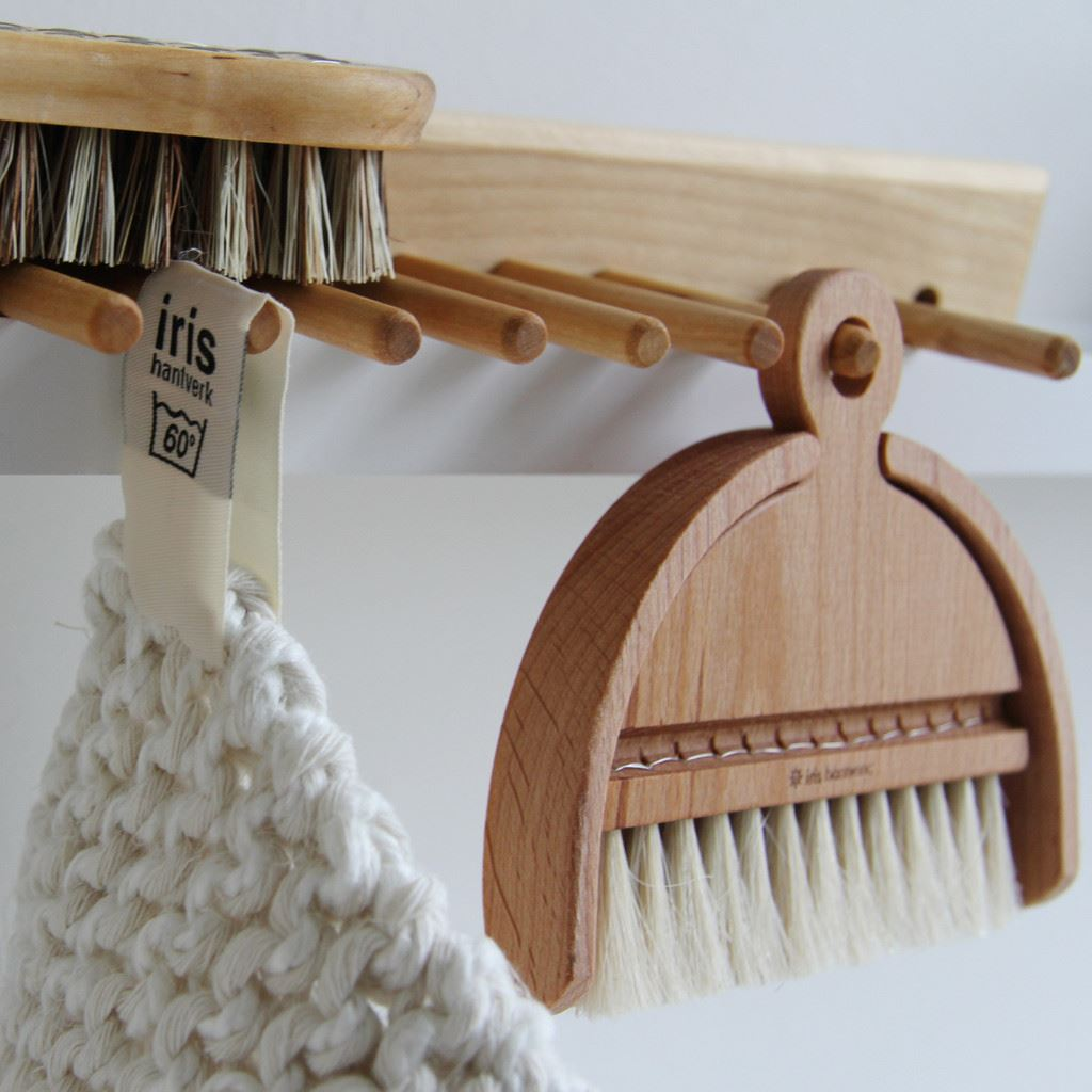 Iris-Hantverk-Birch-Wood-Wall-Rack-with-4-or-7-Hooks thumbnail 5