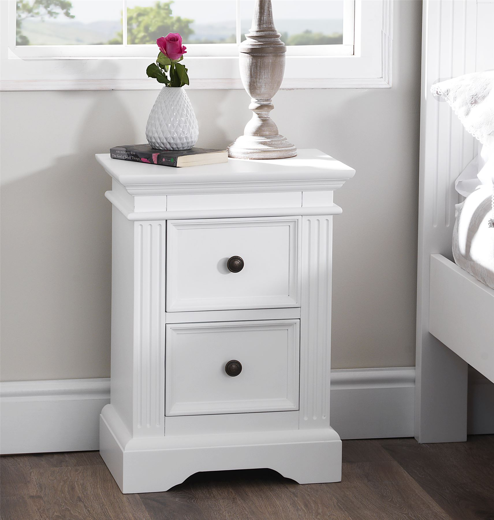 Gainsborough white bedroom furniture bedside cabinetschest of drawerswardrobe ebay