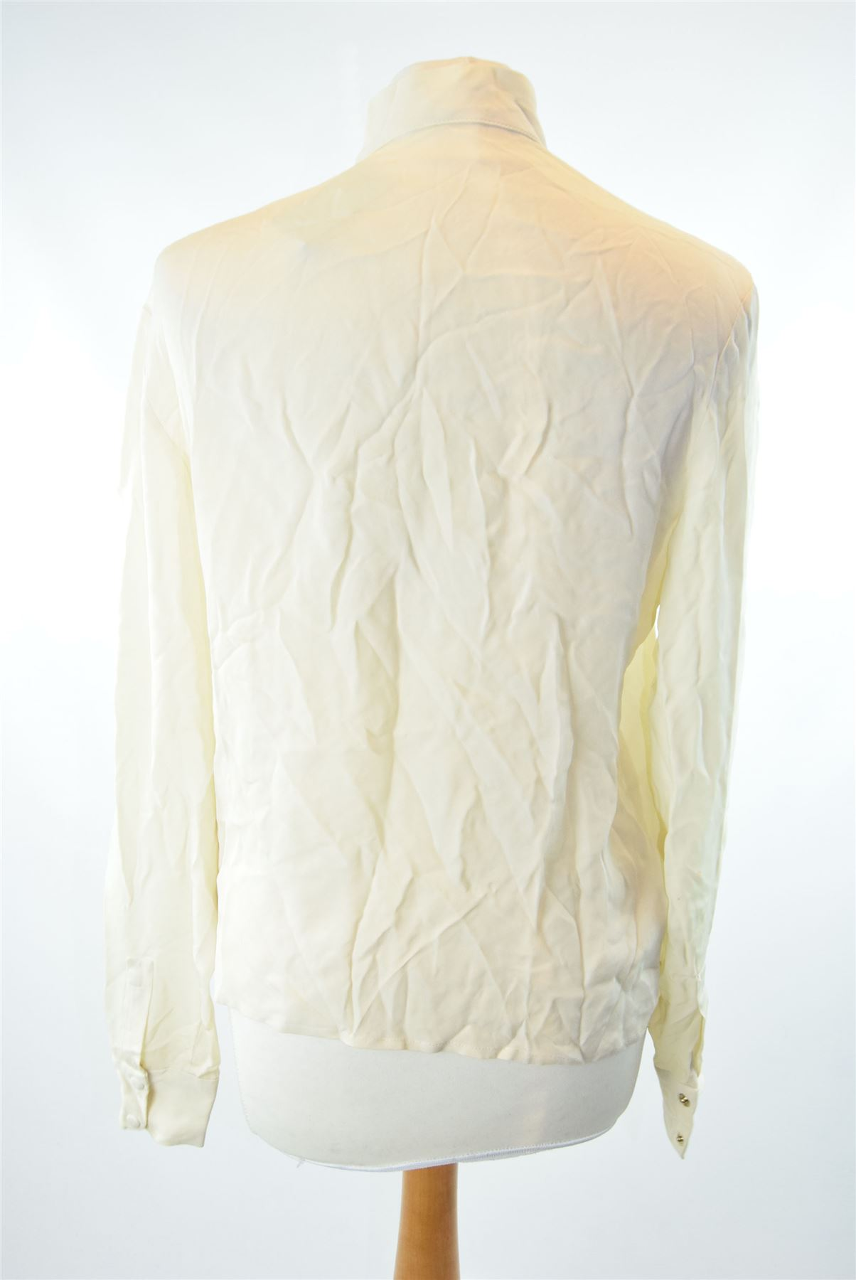 4533bb61d03a3 Details about CHLOE Cream 100% Silk Blouse With Ruffle Detail