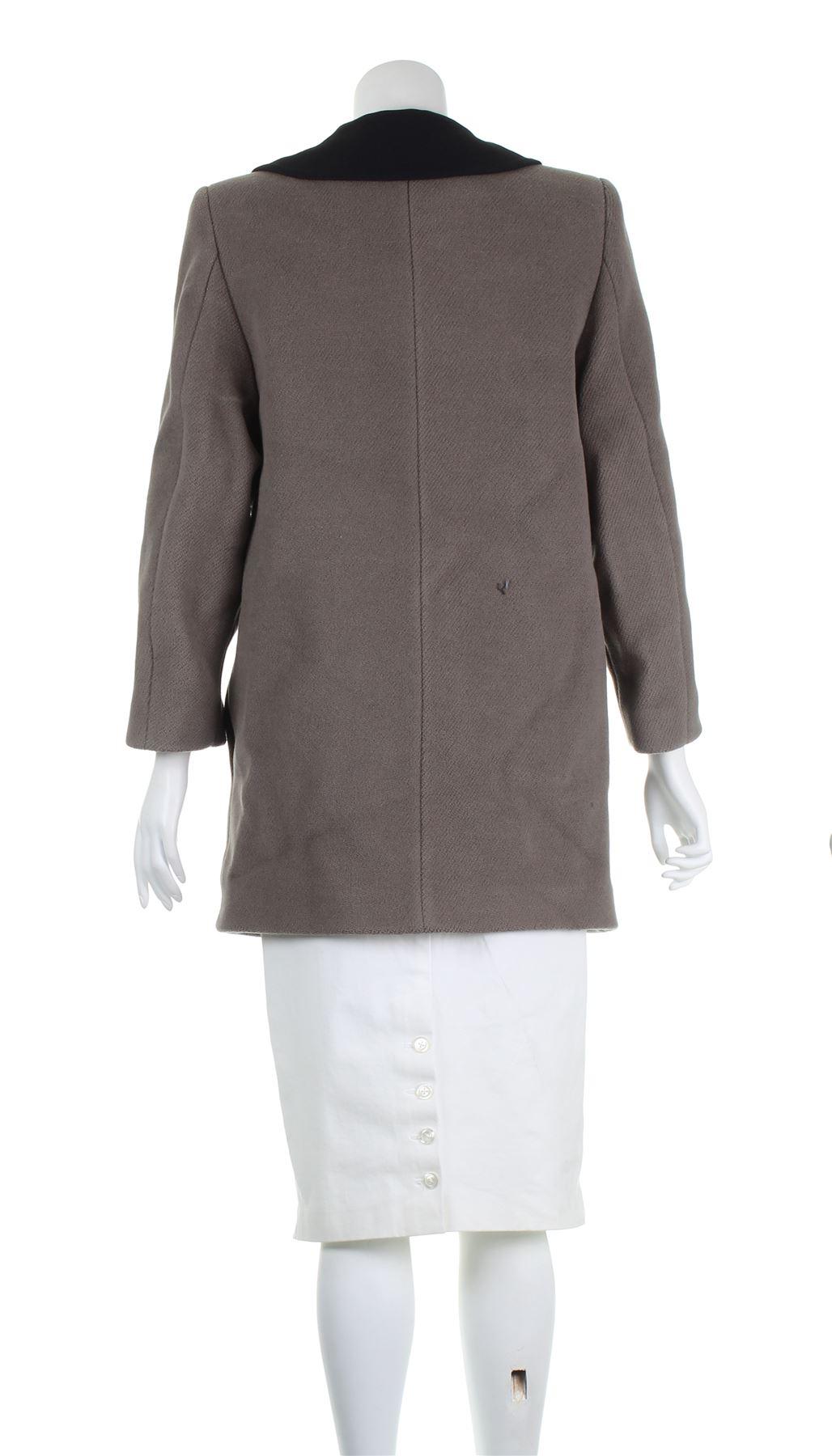 1a6dbec7b34b8 MIU MIU Black Collar Grey Wool Coat