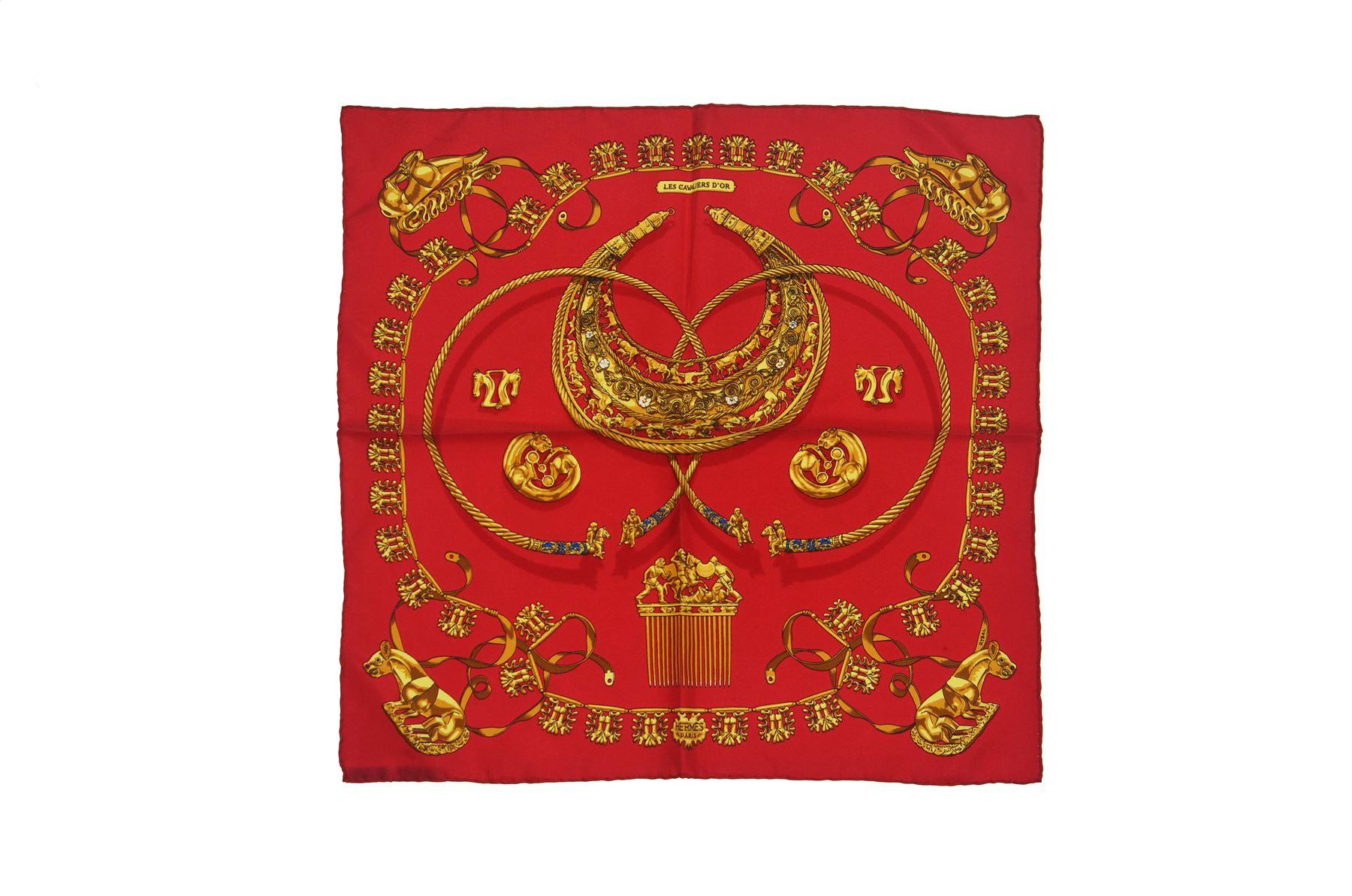 ee13ca4eb3 HERMES Les Cavaliers D'Or Foulard en soie rouge , 16