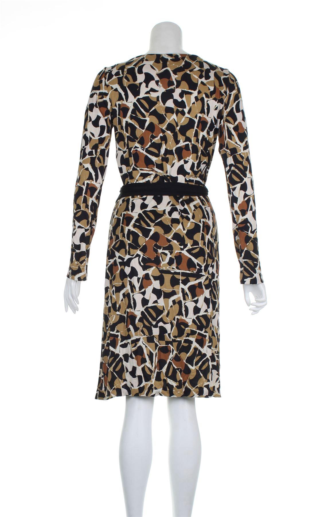 dac23acc57b9 DIANE VON FURSTENBERG Ha stampato il vestito casuale seta