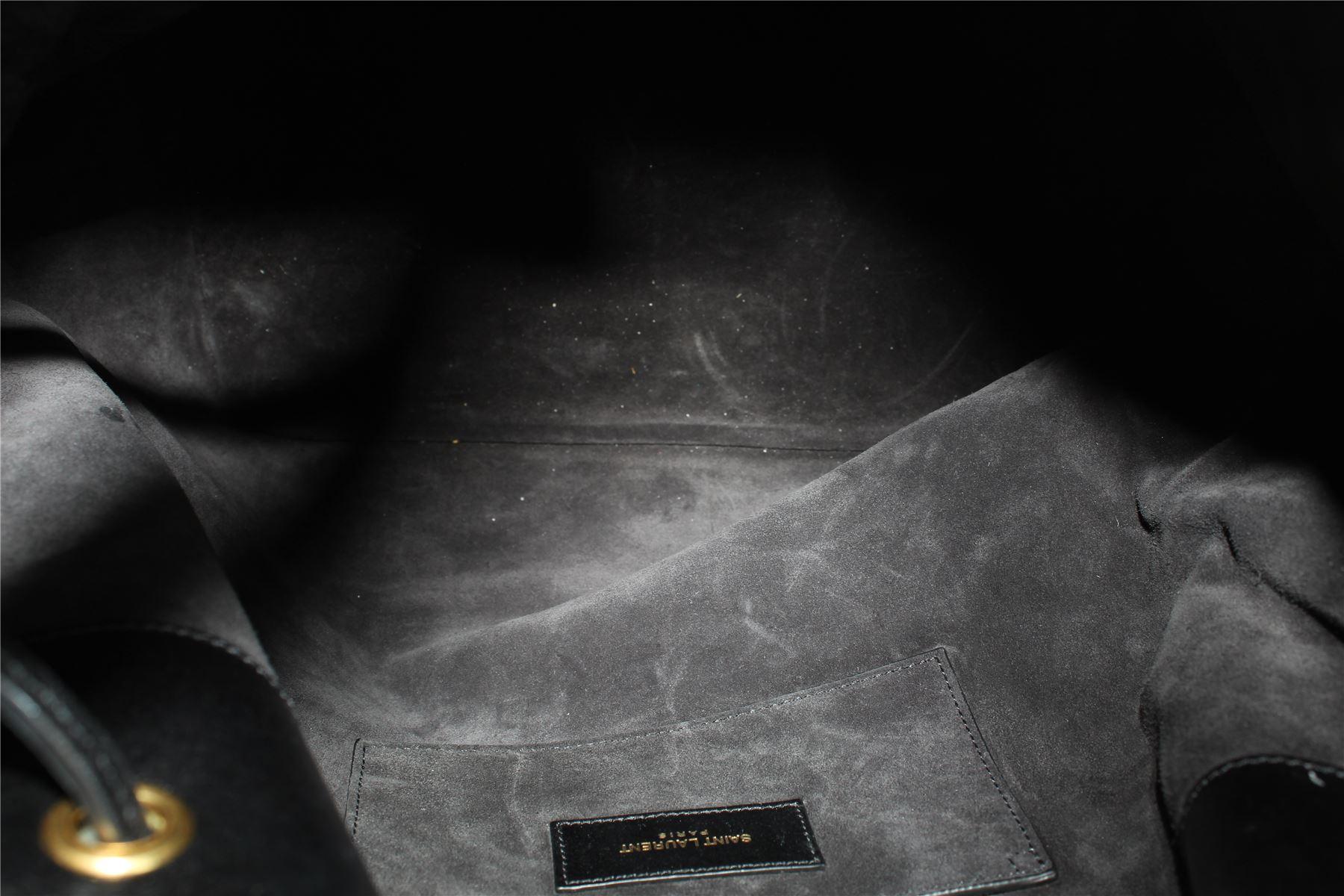 SAINT LAURENT Emmanuelle Borsa a tracolla in pelle nera 88006539d33