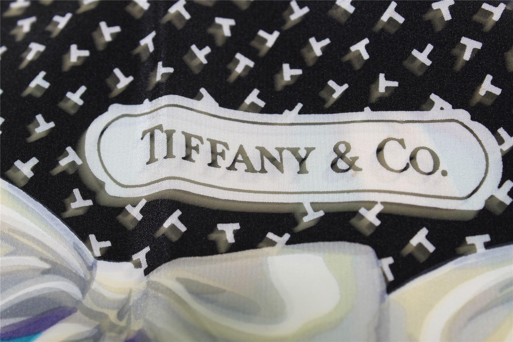 da34d4ff7b8 TIFFANY   CO. Foulard en soie turquoise