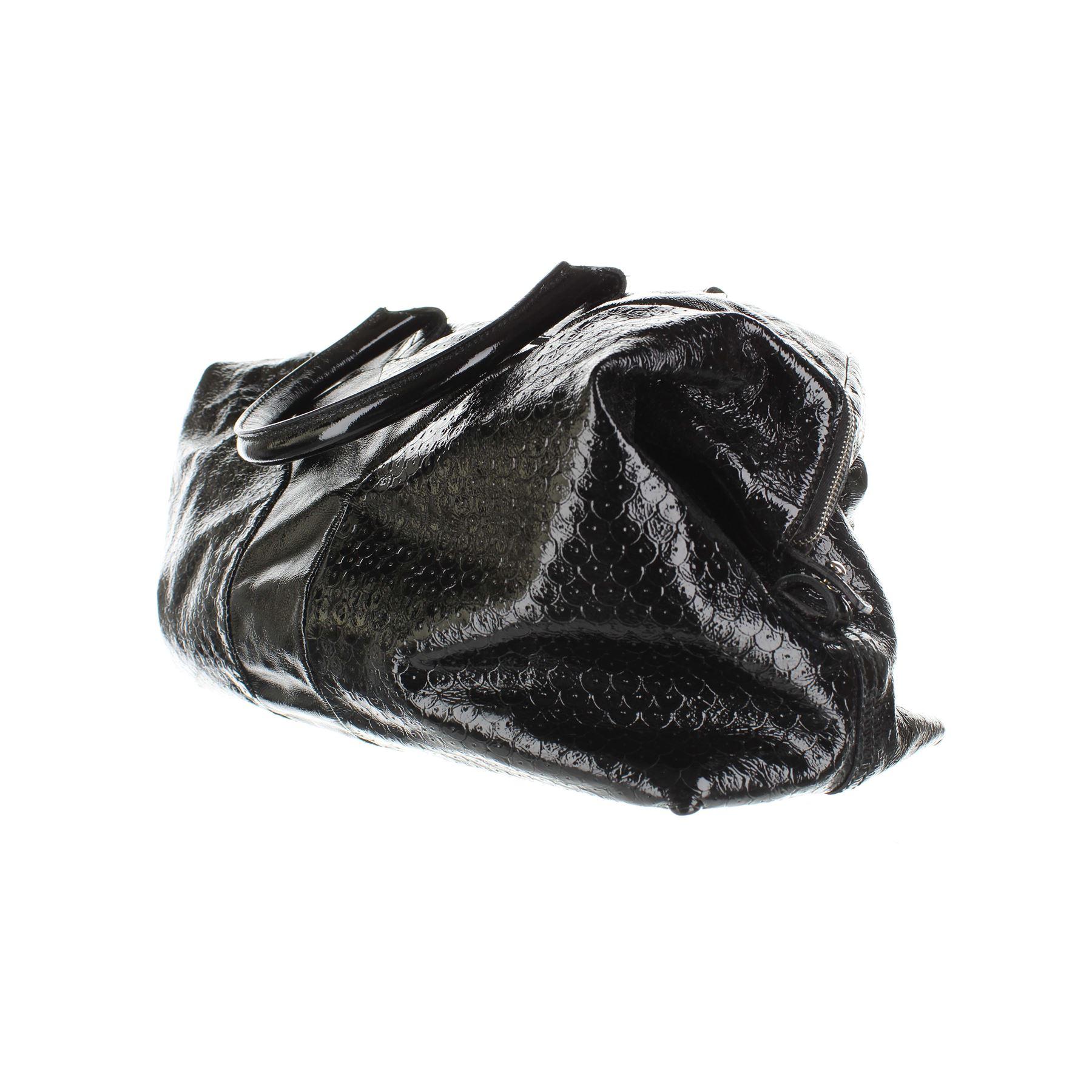 YVES SAINT LAURENT Easy Borsa in pelle nera verniciata 3d1273b6714