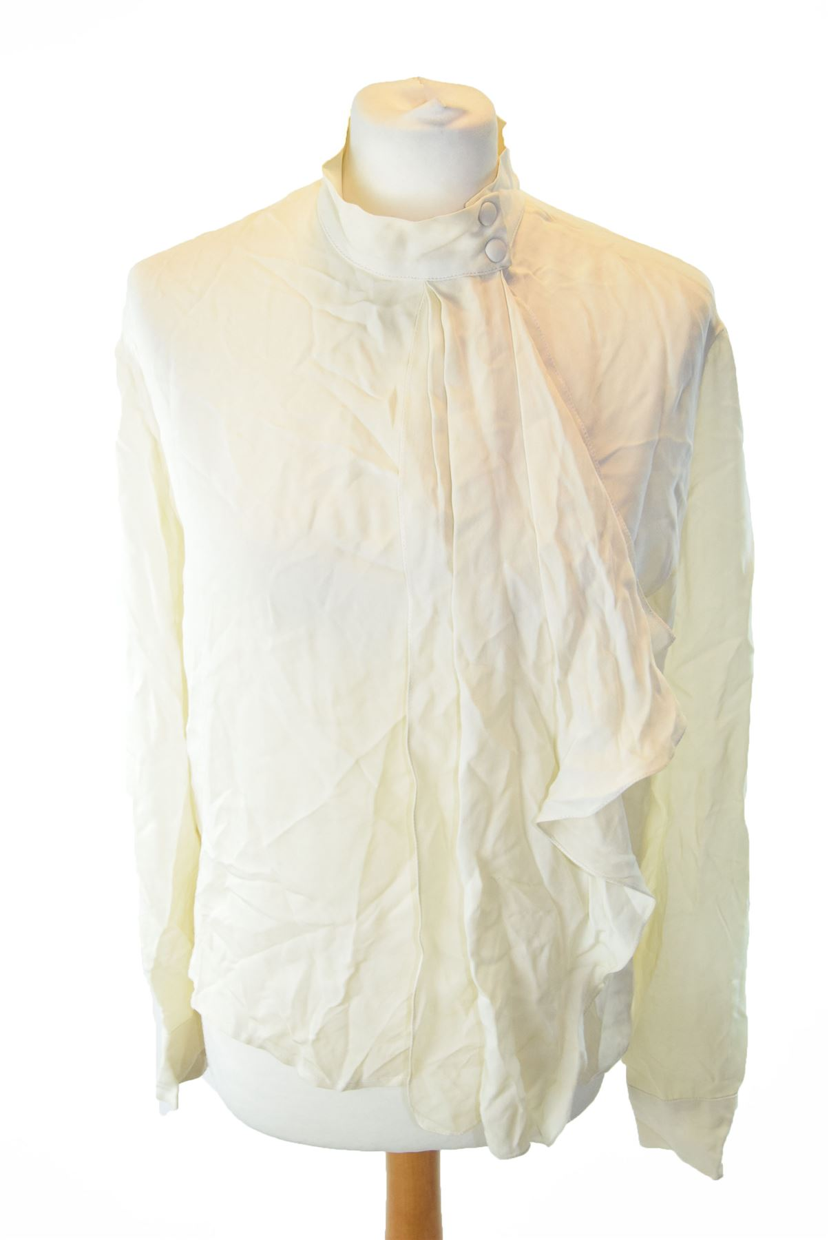 a963aa975fa7f CHLOE Cream 100% Silk Blouse With Ruffle Detail