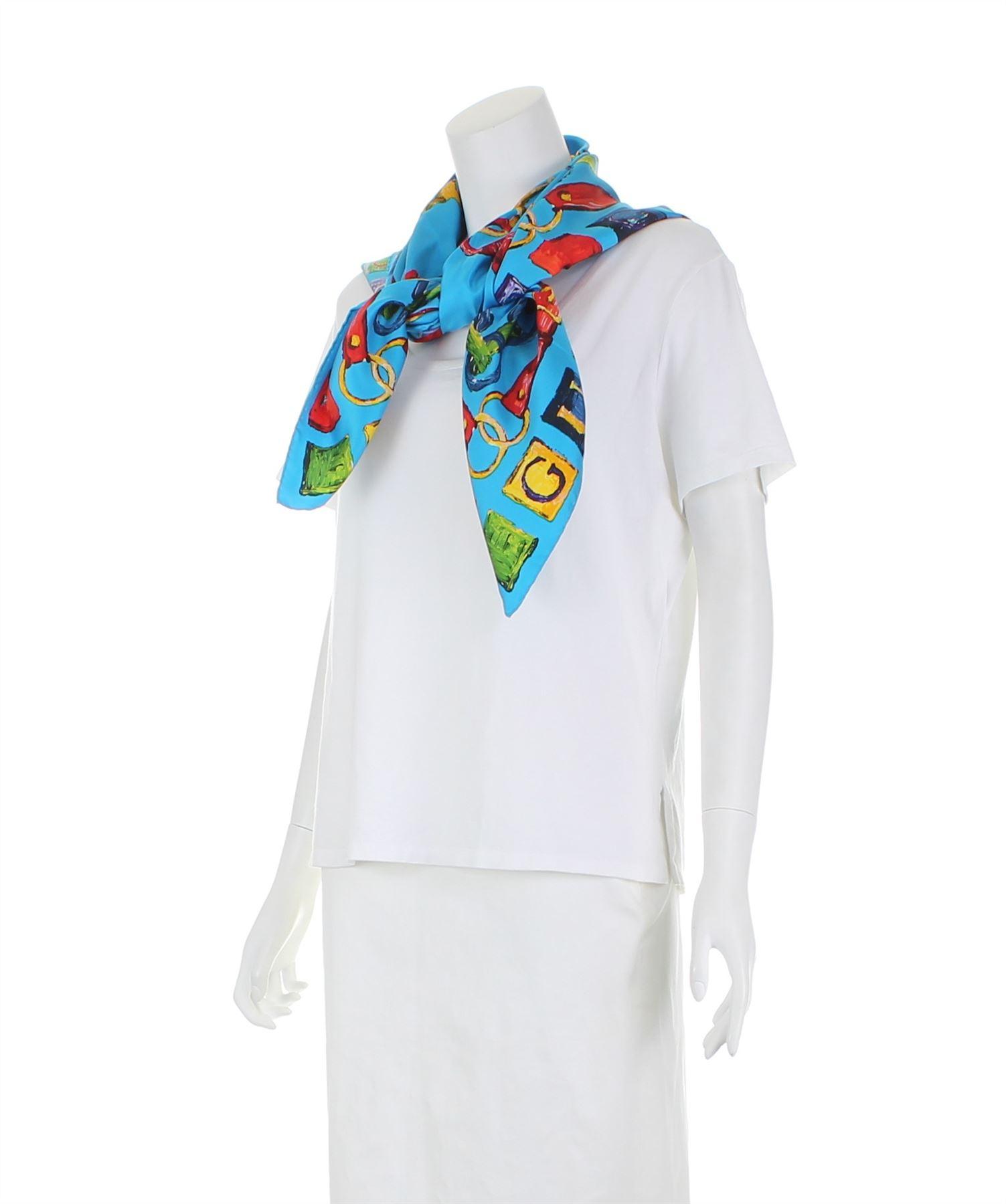 GUCCI Vintage Foulard en soie bleu , 35