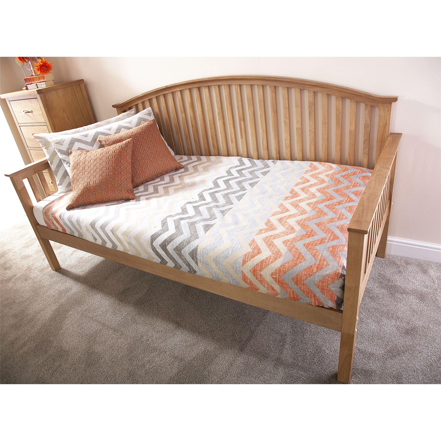 madrid wooden 3ft single day traditional bed frame trundle guest bedstead oak. Black Bedroom Furniture Sets. Home Design Ideas