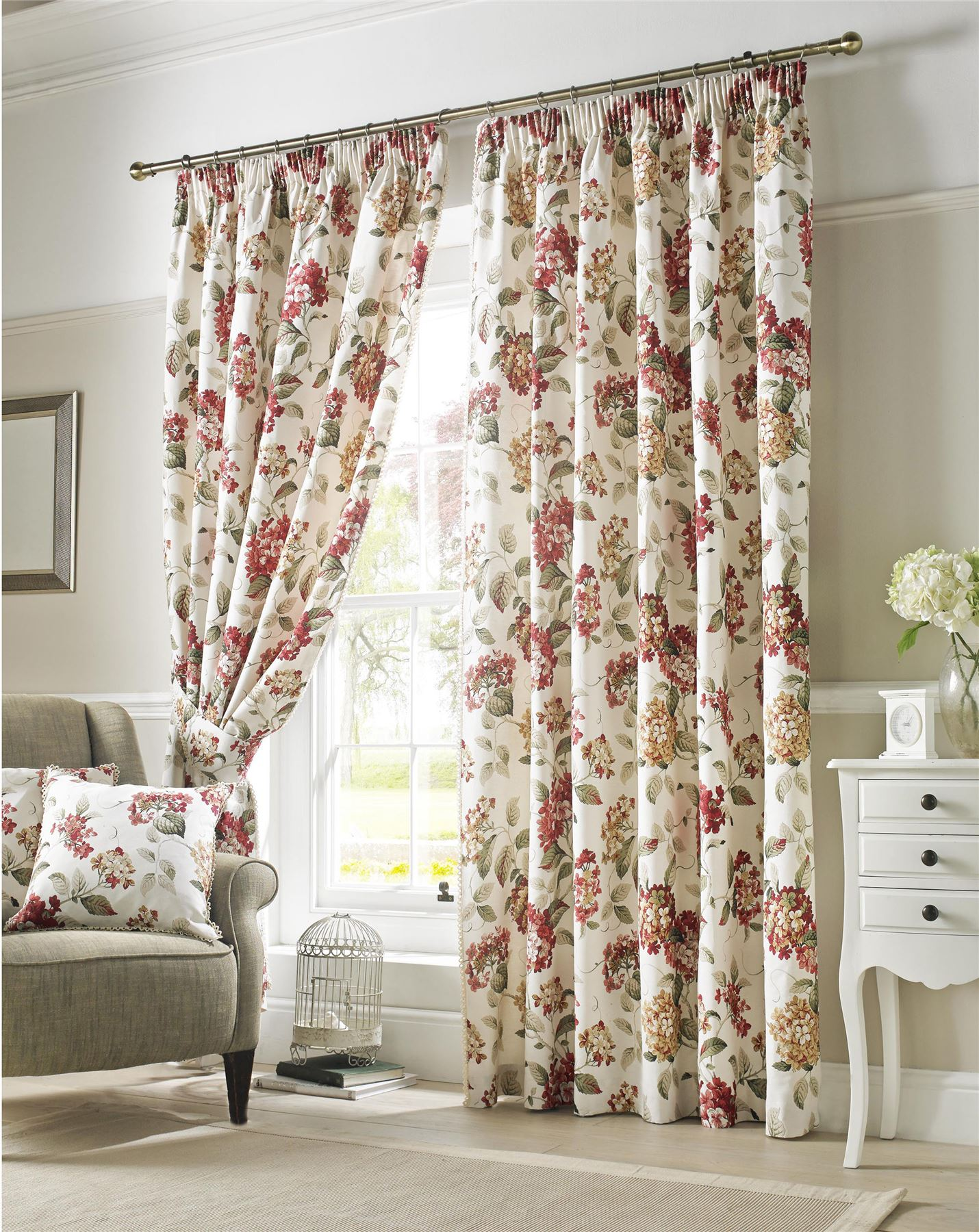 Flowers Floral Red Green Cream Lined Pencil Pleat Curtains