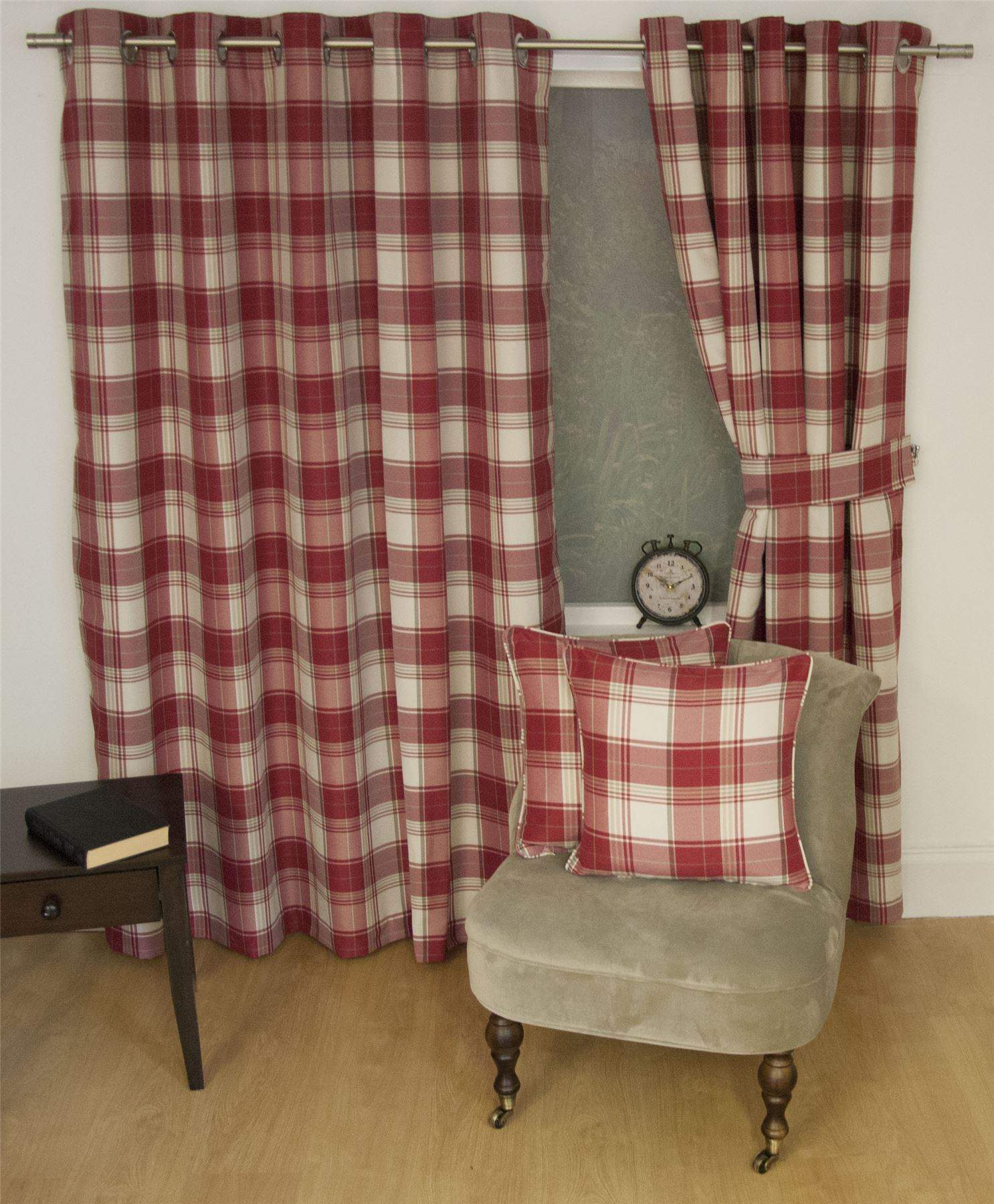 jacquard tartan check red lined ring top curtains drapes 9 sizes ebay. Black Bedroom Furniture Sets. Home Design Ideas