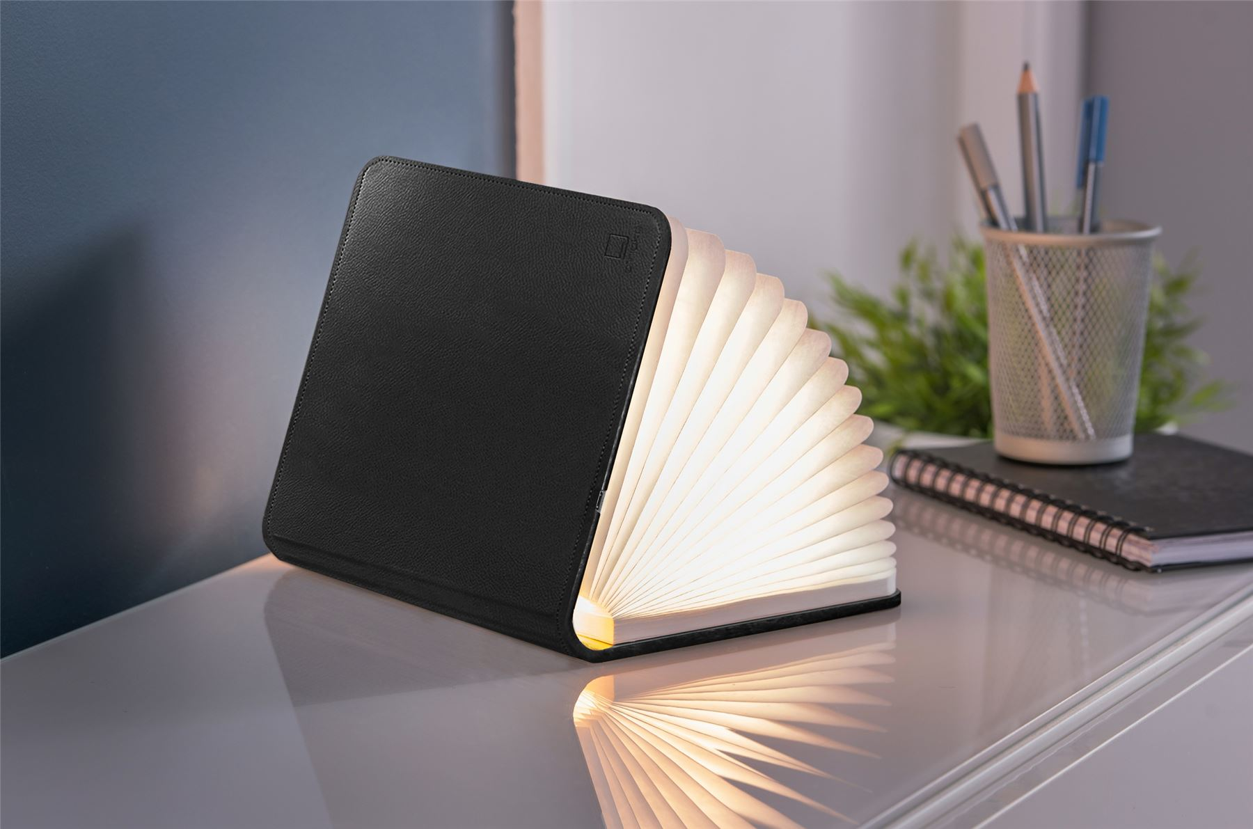 LED-Wood-Leather-Effect-Book-Desk-Lamp-Gingko-USB-Rechargeable-360-Light miniatuur 3