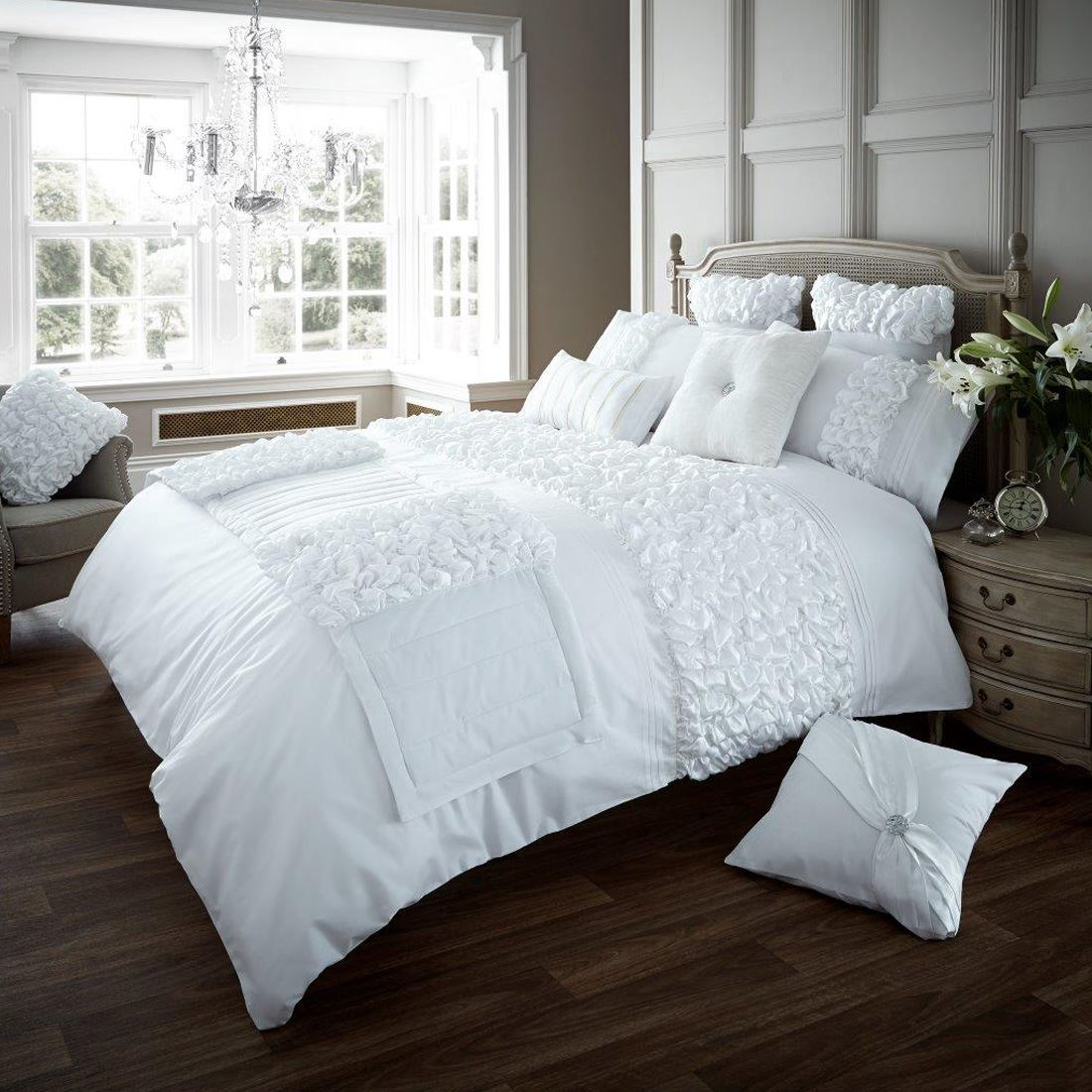 Verina duvet cover with pillowcase quilt cover bedding set - All in one double bed ...