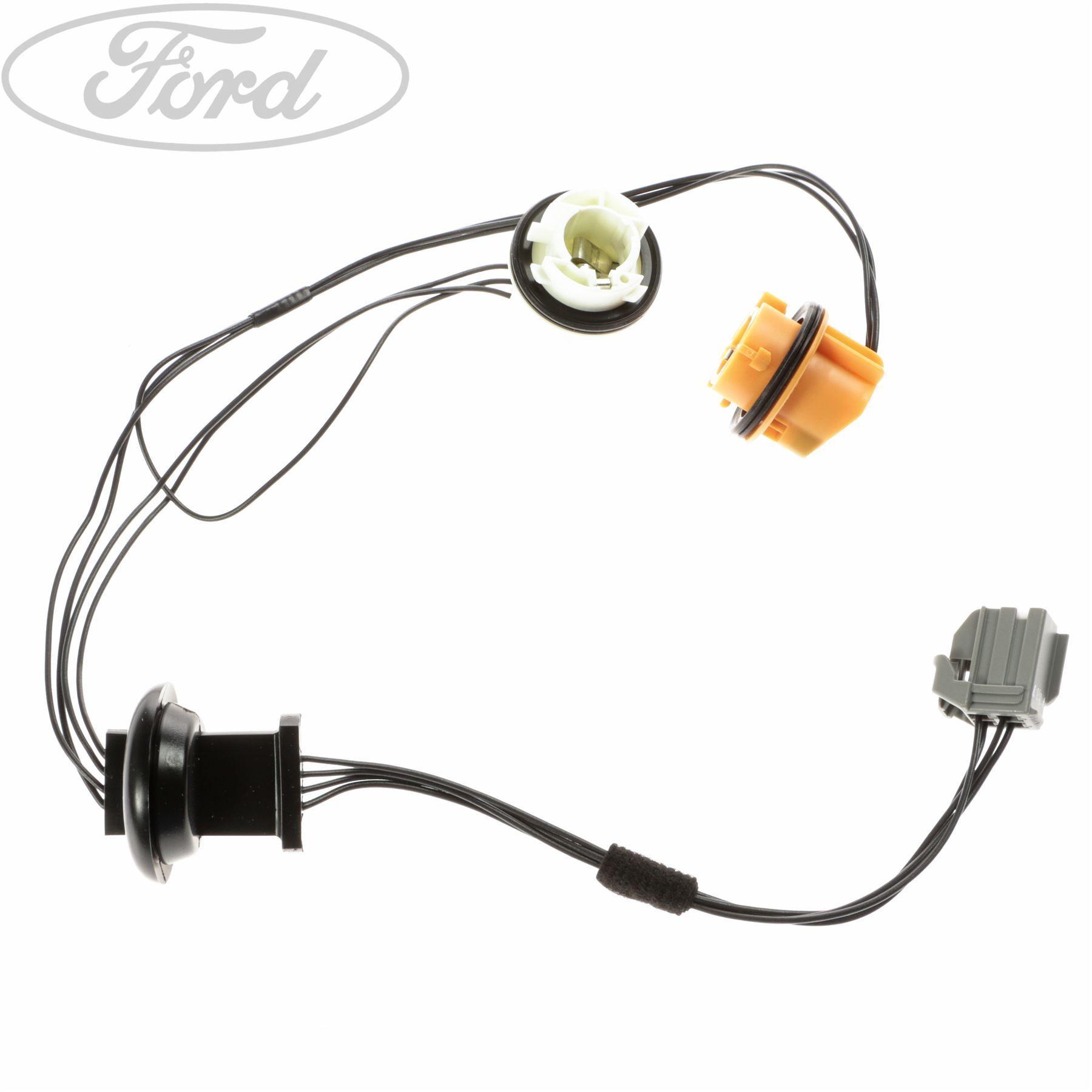 Genuine Ford Focus Mk Ii Rear Lamp Socket Wiring Kit 1567128 Ebay Accessories
