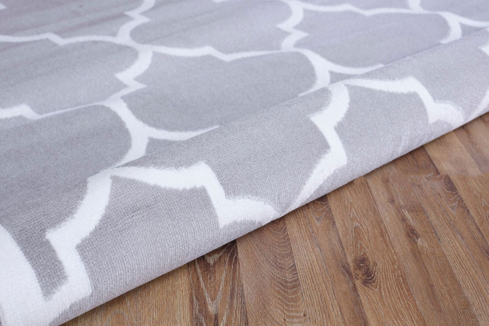 Large Black And White Area Rugs: Large Modern Geometric Trellis Thin Carpet Contemporary