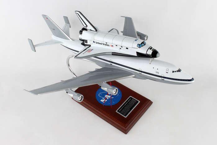Executive Series B747 con transbordador espacial Endeavour | BN 4 | SE0011W