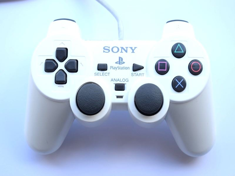 Original-Official-Sony-Dual-Shock-2-PS2-Wired-Controller-Pad-Multiple-Colours thumbnail 9