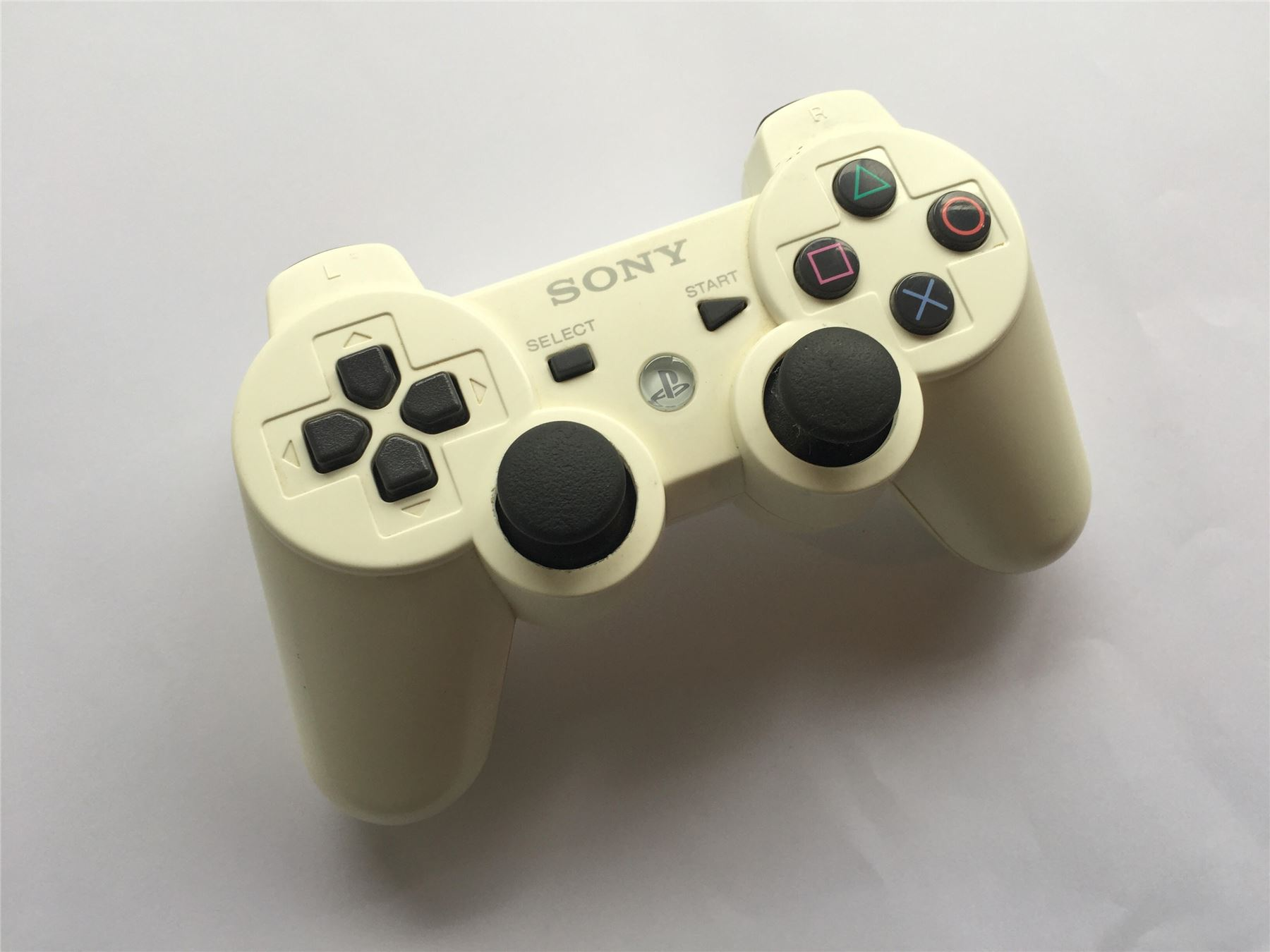 Official-Original-Sony-PS3-Six-Axis-Playstation-3-Controller-Multiple-Colours thumbnail 9