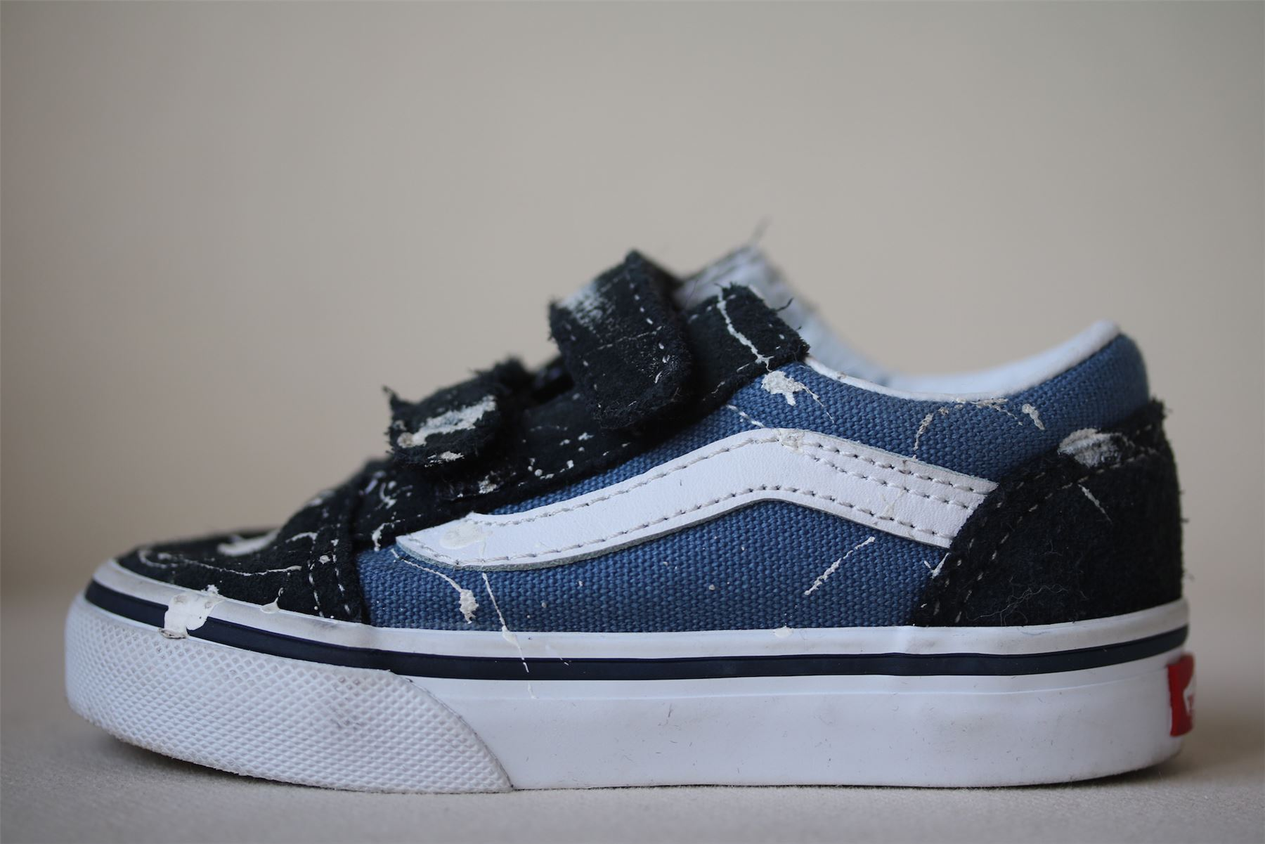 Details zu VANS TODDLER OLD SKOOL NAVY V TRAINERS WITH PAINT SPLATTER EU 22 UK 5.5