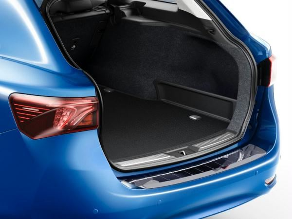 Genuine Toyota Avensis Boot Car Trunk Mat Tailored