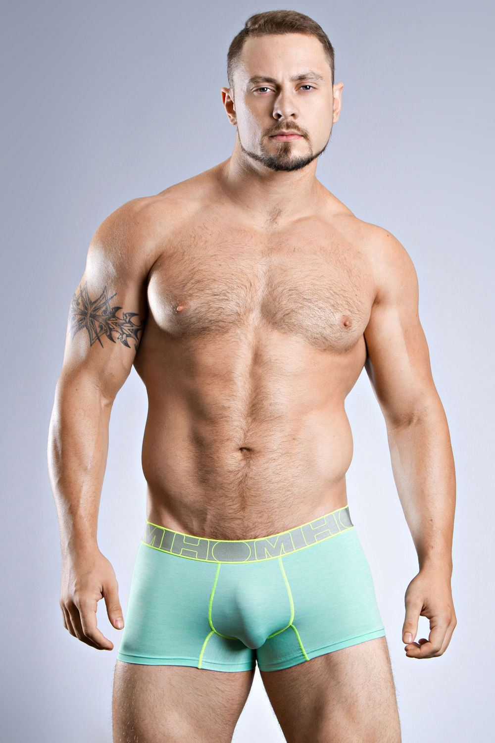 Men's Underwear from fefdinterested.gq Whether you're searching for a pack of classic briefs or a specific color or fit of boxers, fefdinterested.gq offers a wide range of comfortable, classic, and can't-go-wrong underwear for men.